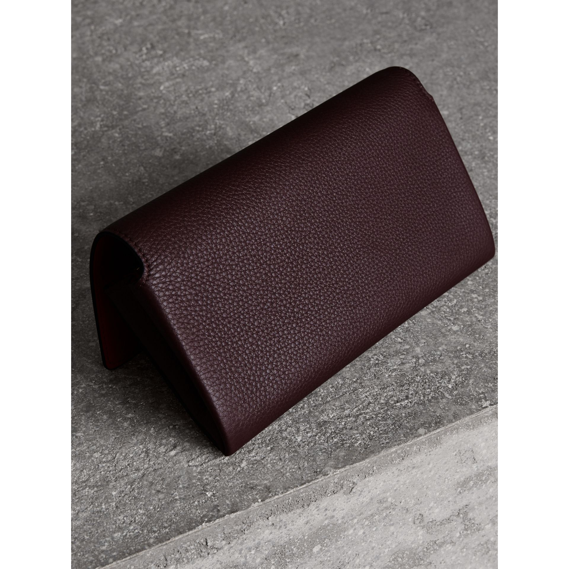 Two-tone Leather Continental Wallet in Deep Claret - Women | Burberry - gallery image 2