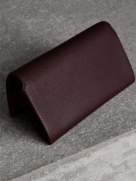 Two-tone Leather Continental Wallet in Deep Claret - Women | Burberry - cell image 2