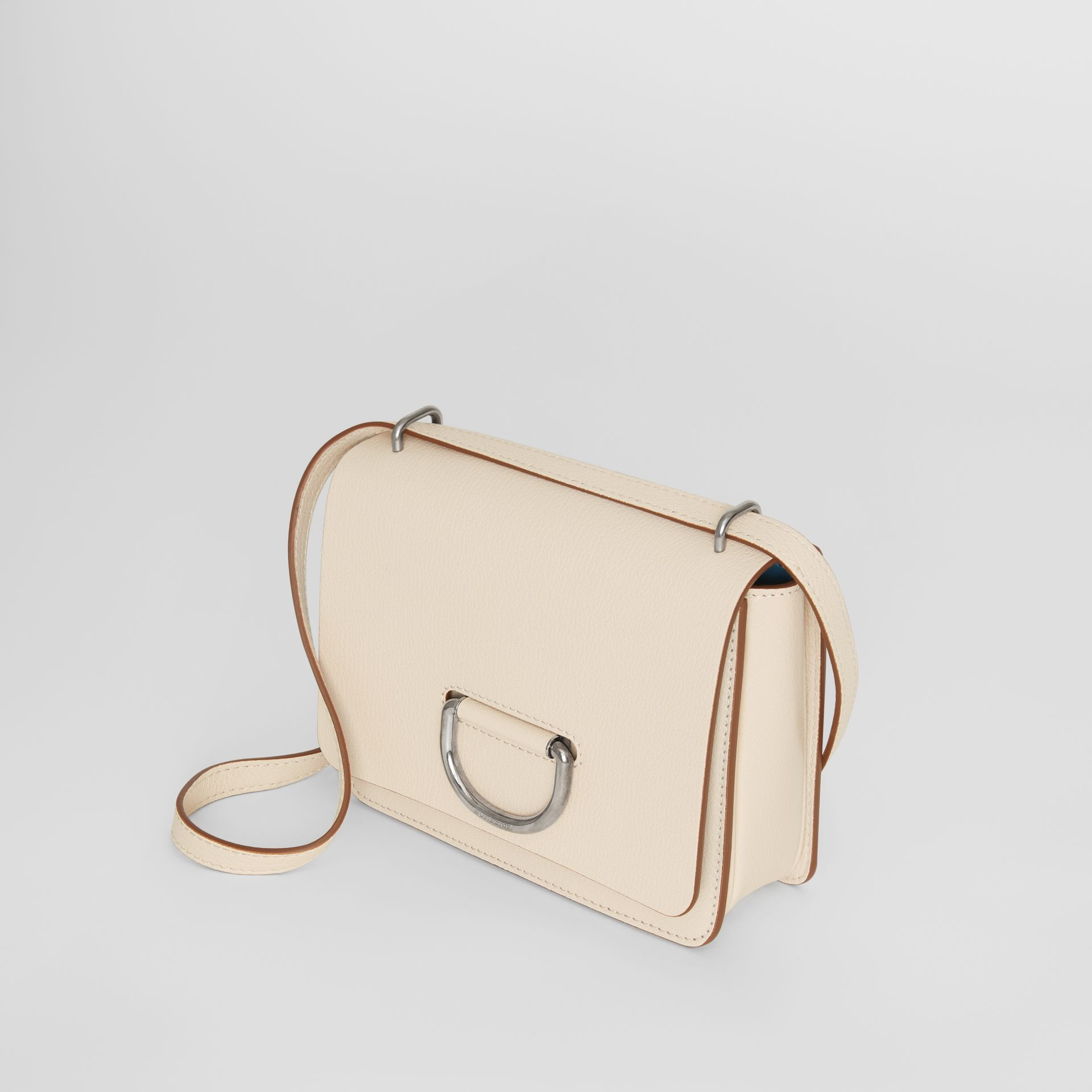 Petit sac The D-ring en cuir (Stone) - Femme | Burberry Canada - photo de la galerie 4