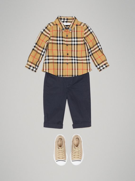 Button-down Collar Vintage Check Cotton Shirt in Antique Yellow | Burberry - cell image 2