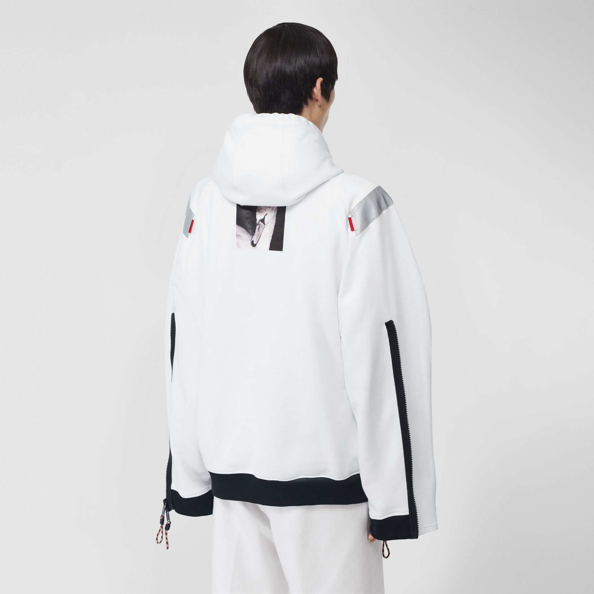 Zip Detail Swan Print Cotton Hoodie in Optic White | Burberry - gallery image 2