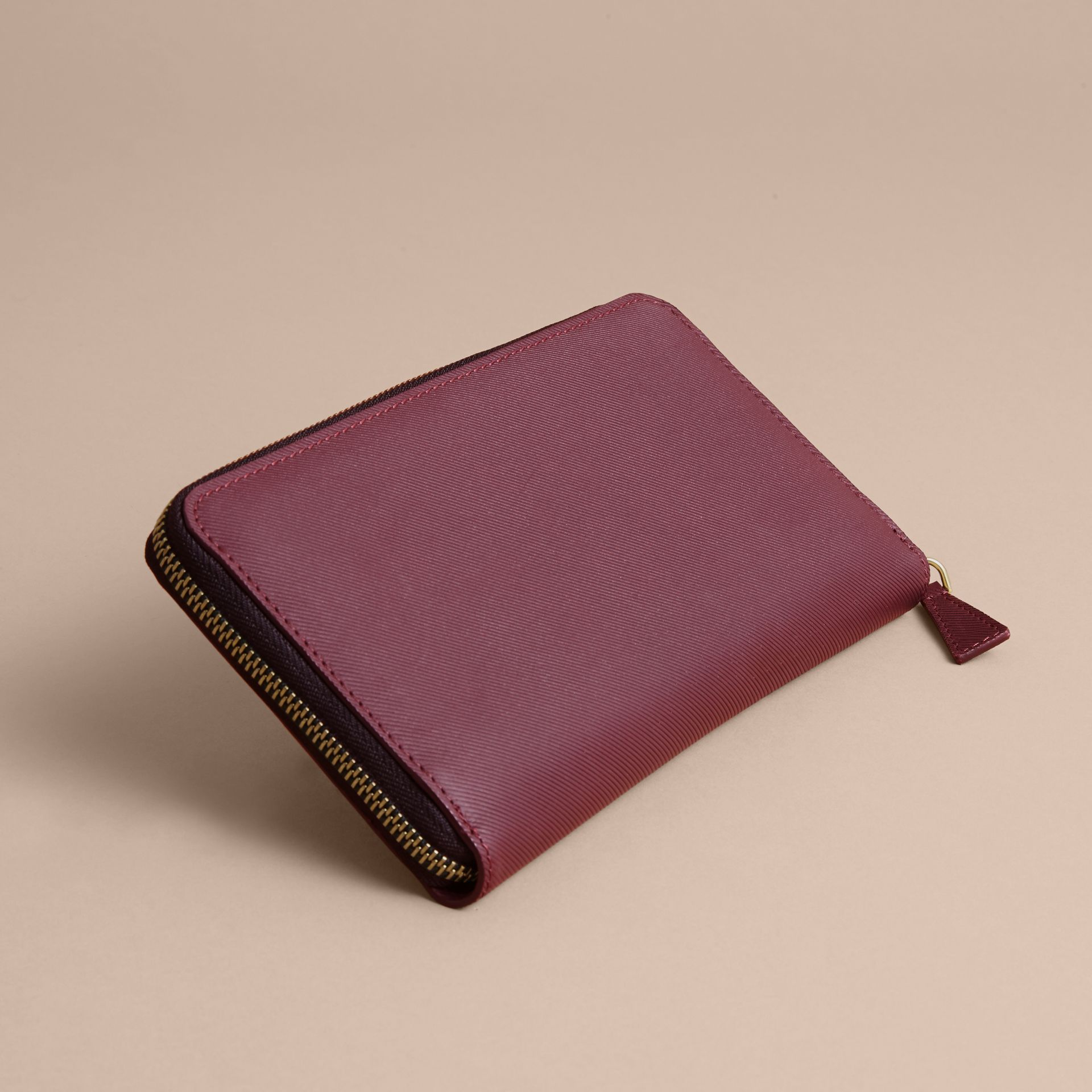 Trench Leather Ziparound Wallet in Wine - Men | Burberry Canada - gallery image 3