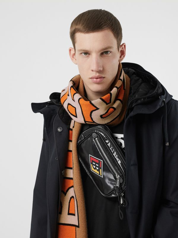 Logo Cashmere Jacquard Scarf in Warm Camel | Burberry United Kingdom - cell image 2