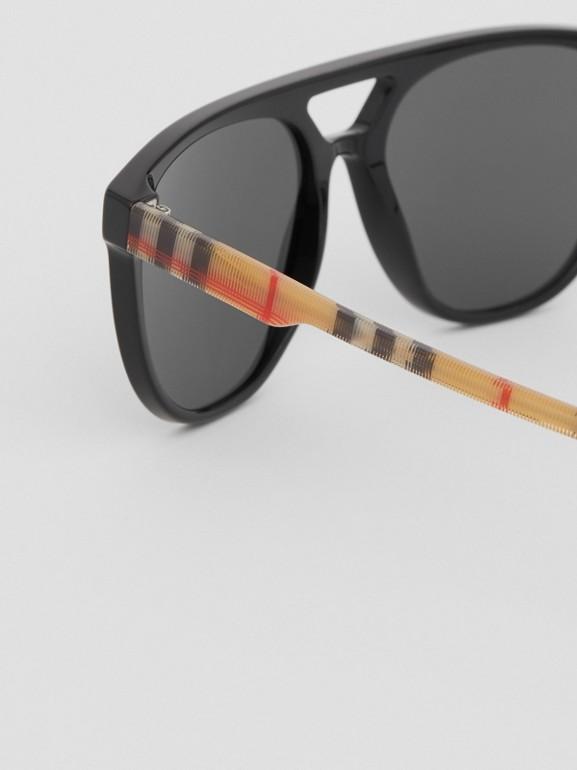 Fliegersonnenbrille (Schwarz) - Herren | Burberry - cell image 1