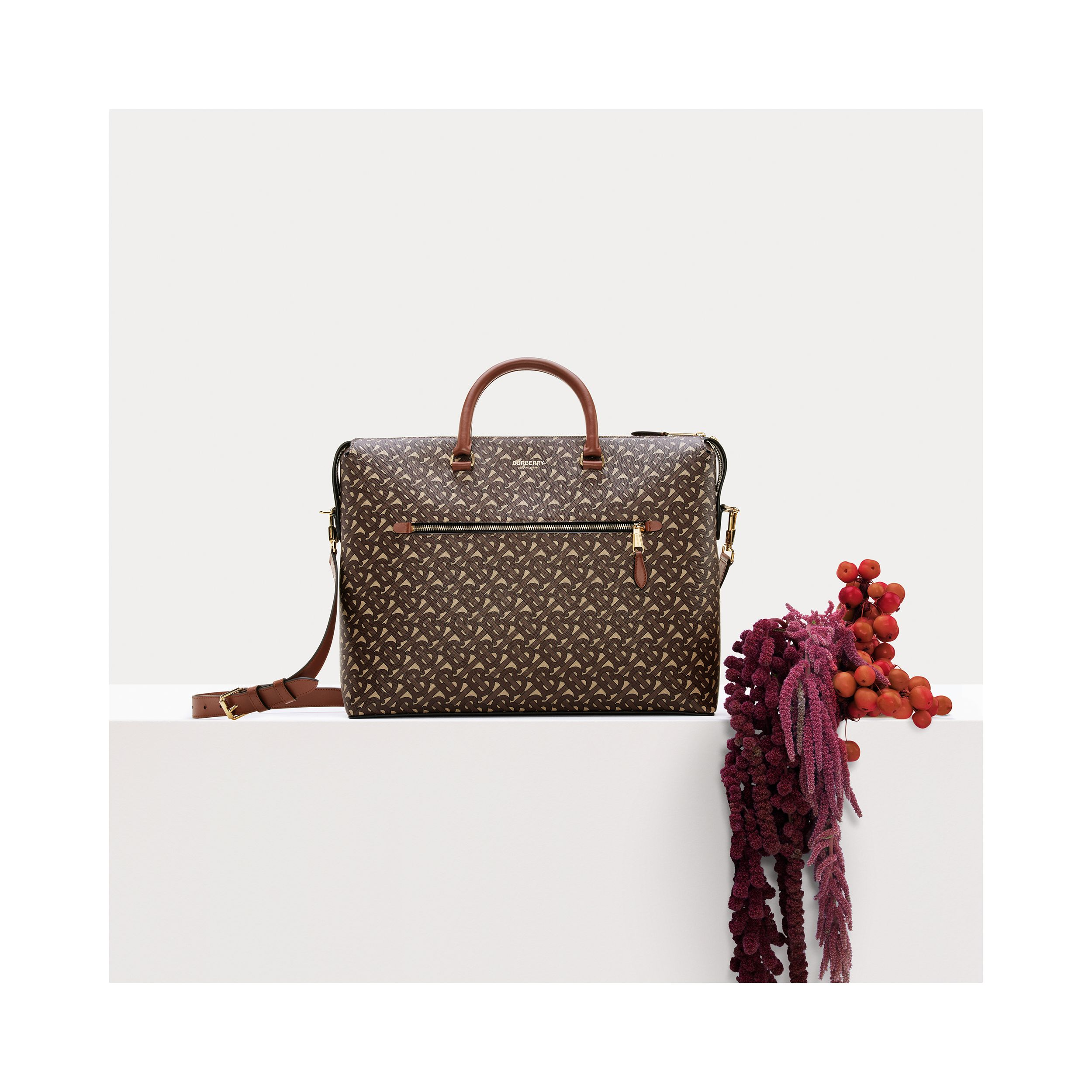Attaché-case en toile écologique Monogram (Brun Bride) - Homme | Burberry Canada - 2