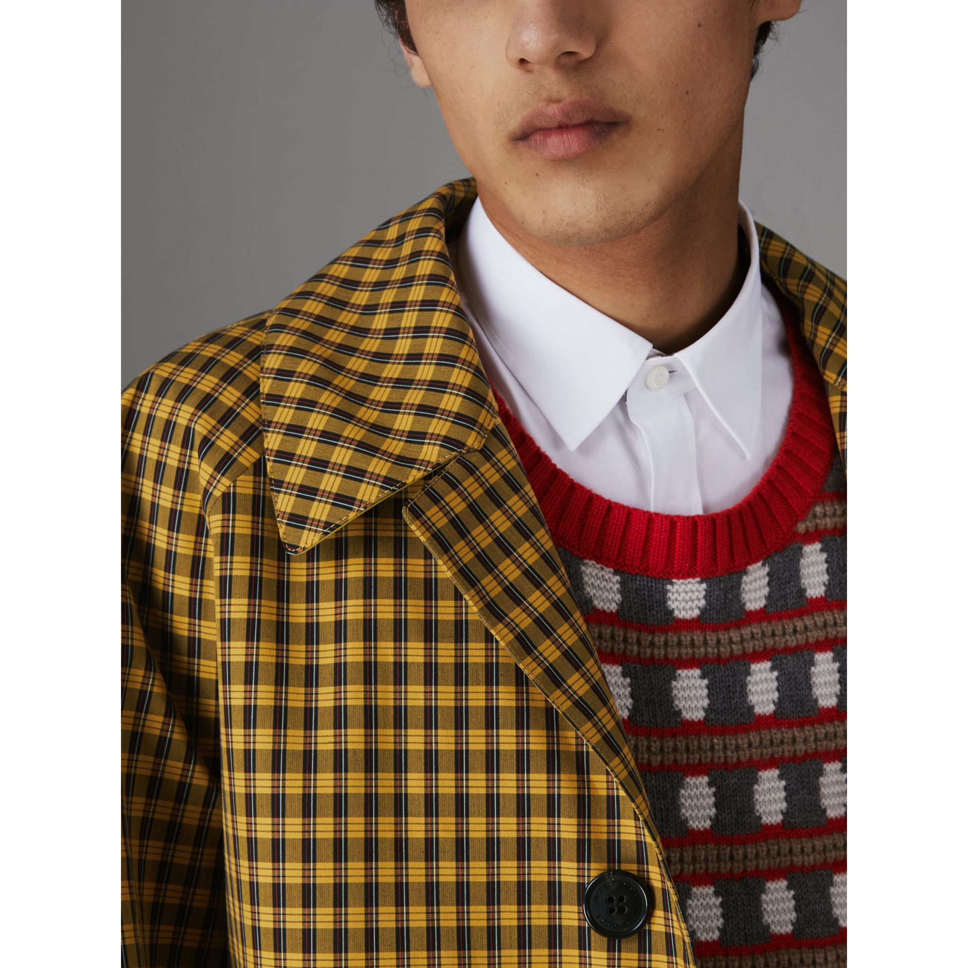Shrunken Check Bonded Cotton Car Coat in Saffron Yellow - Men | Burberry Hong Kong - gallery image 3