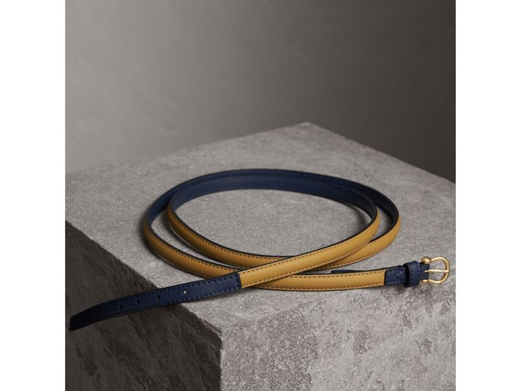 Two-tone Trench Leather Belt in Ochre Yellow / Ink Blue - Women | Burberry - cell image 2