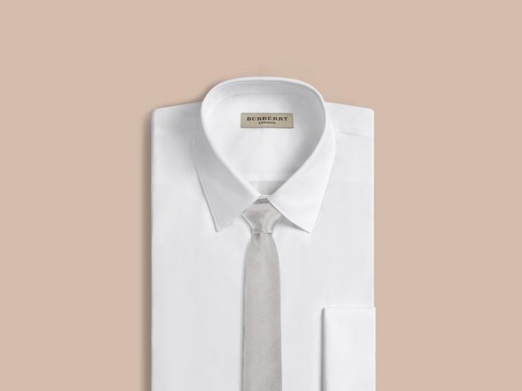 Grigio pallido Cravatta dal taglio moderno in seta - cell image 1