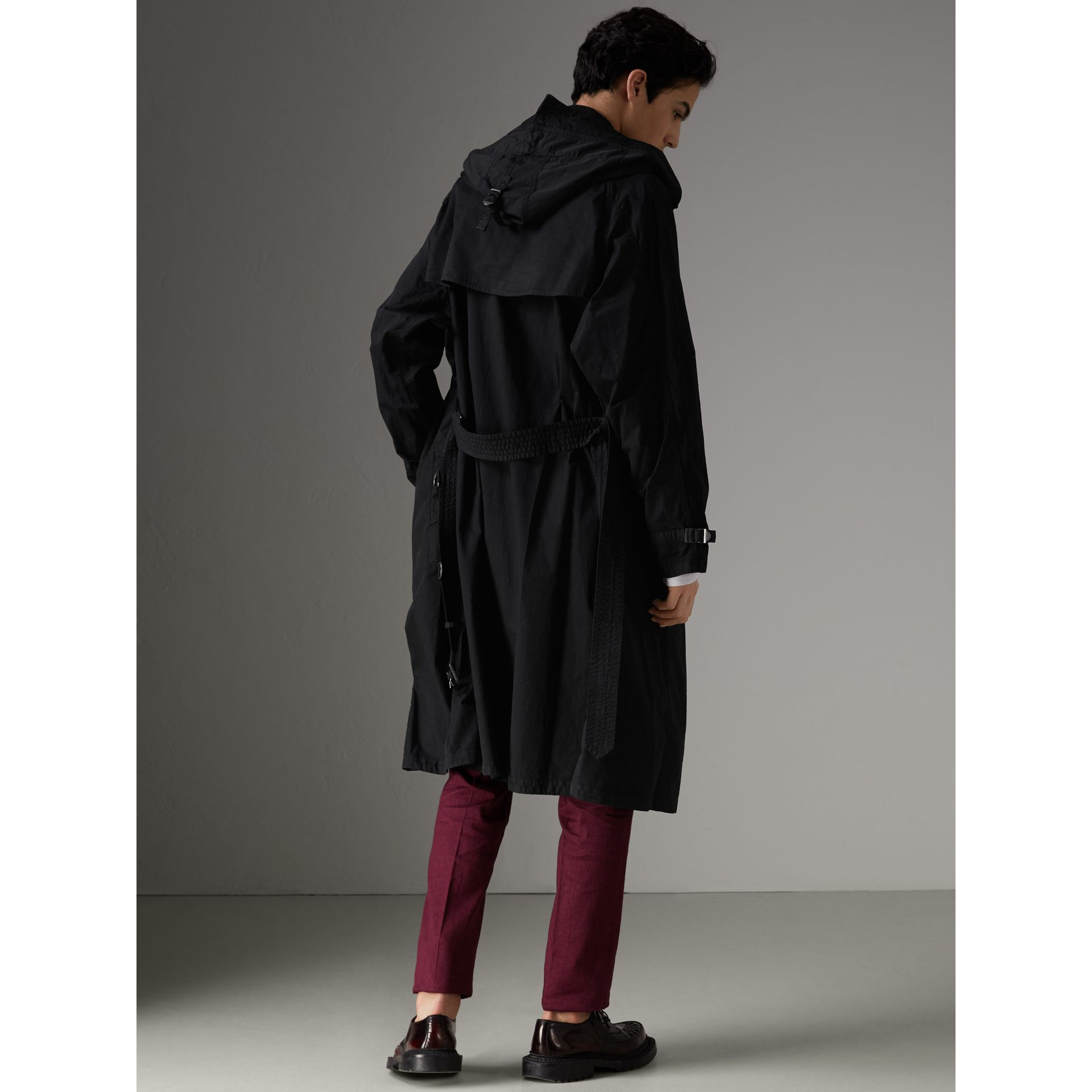 Detachable Hood Cotton Trench Coat in Black - Men | Burberry Singapore - gallery image 2