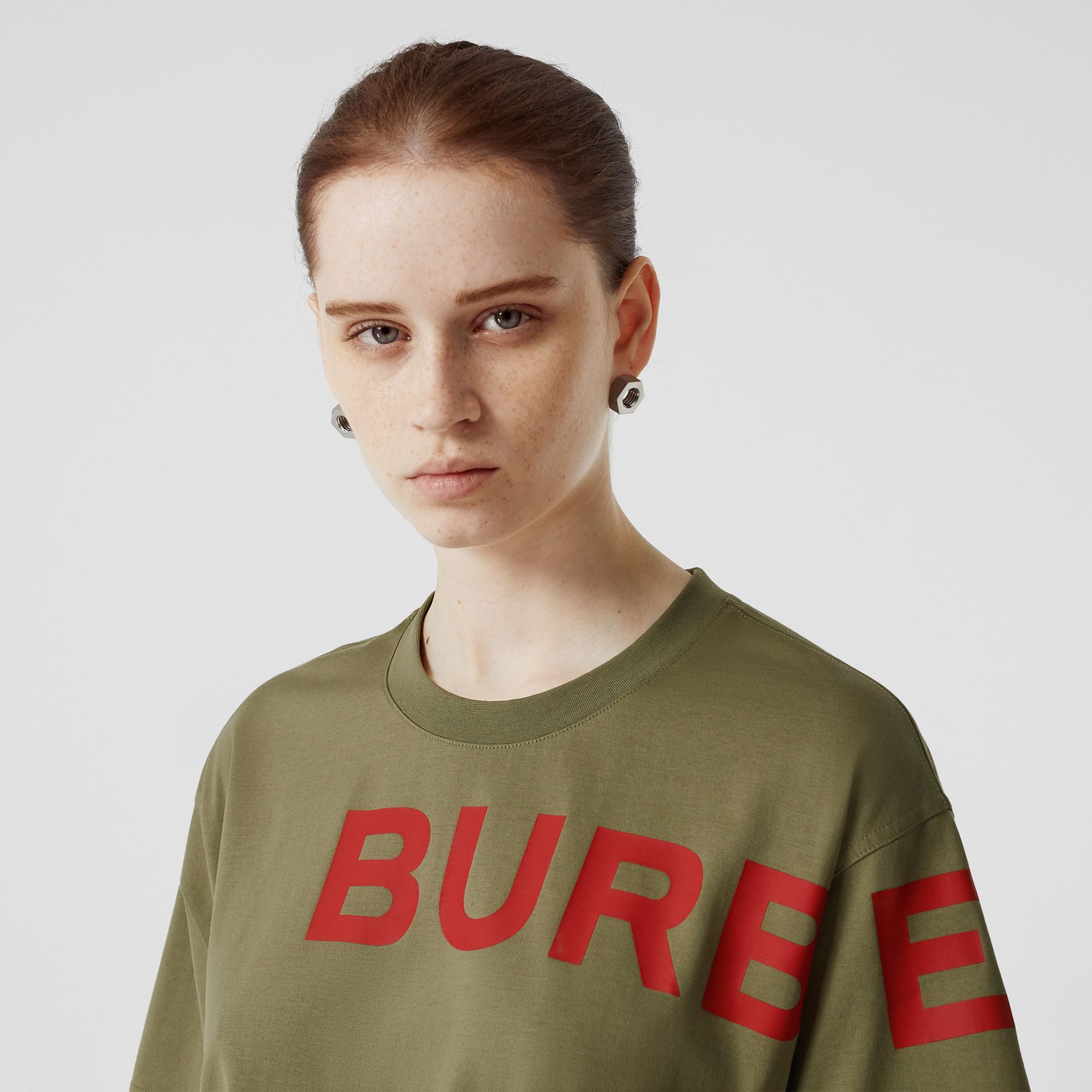Horseferry Print Cotton Oversized T-shirt in Dark Moss - Women | Burberry - gallery image 4