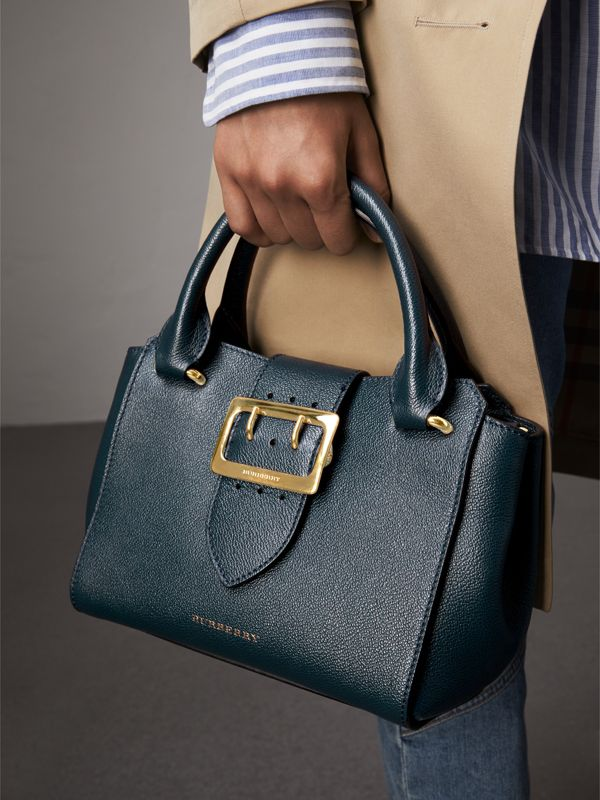 The Small Buckle Tote in Grainy Leather in Blue Carbon - Women | Burberry - cell image 3