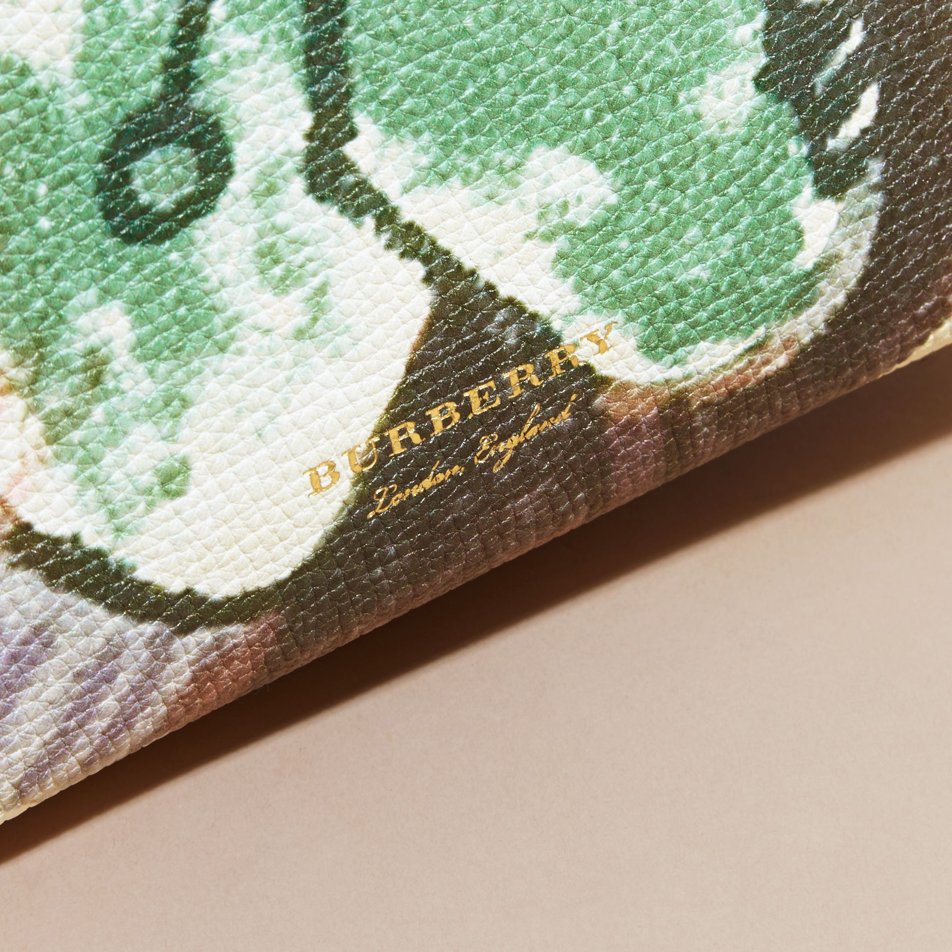 The Baby Banner in Leather with Pallas Heads Print Dusty Violet - gallery image 2