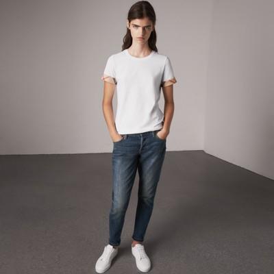 Burberry - T-shirt en coton extensible avec revers à motif check - 1
