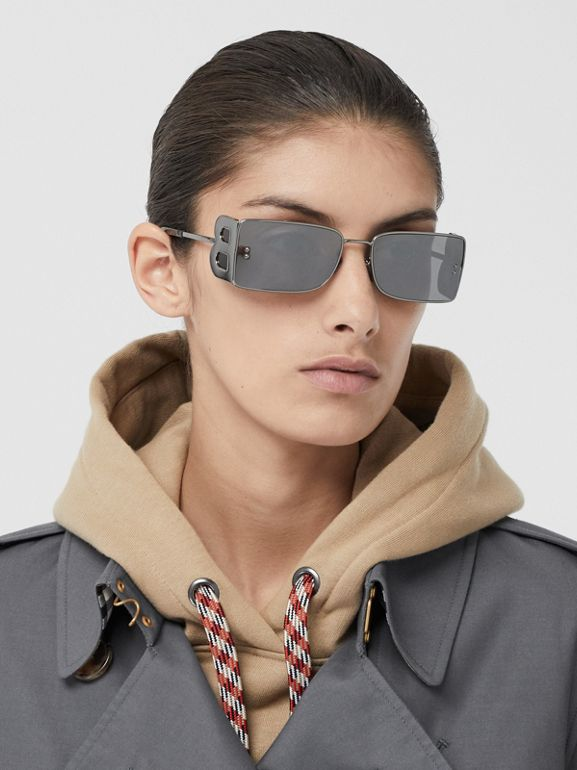 The Long Kensington Heritage Trench Coat in Mid Grey - Women | Burberry - cell image 1