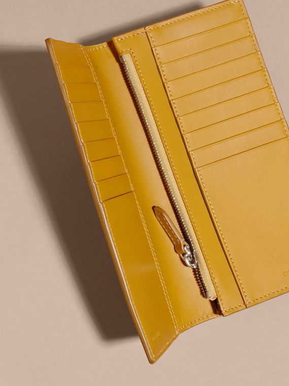 London Leather Continental Wallet in Larch Yellow - cell image 3