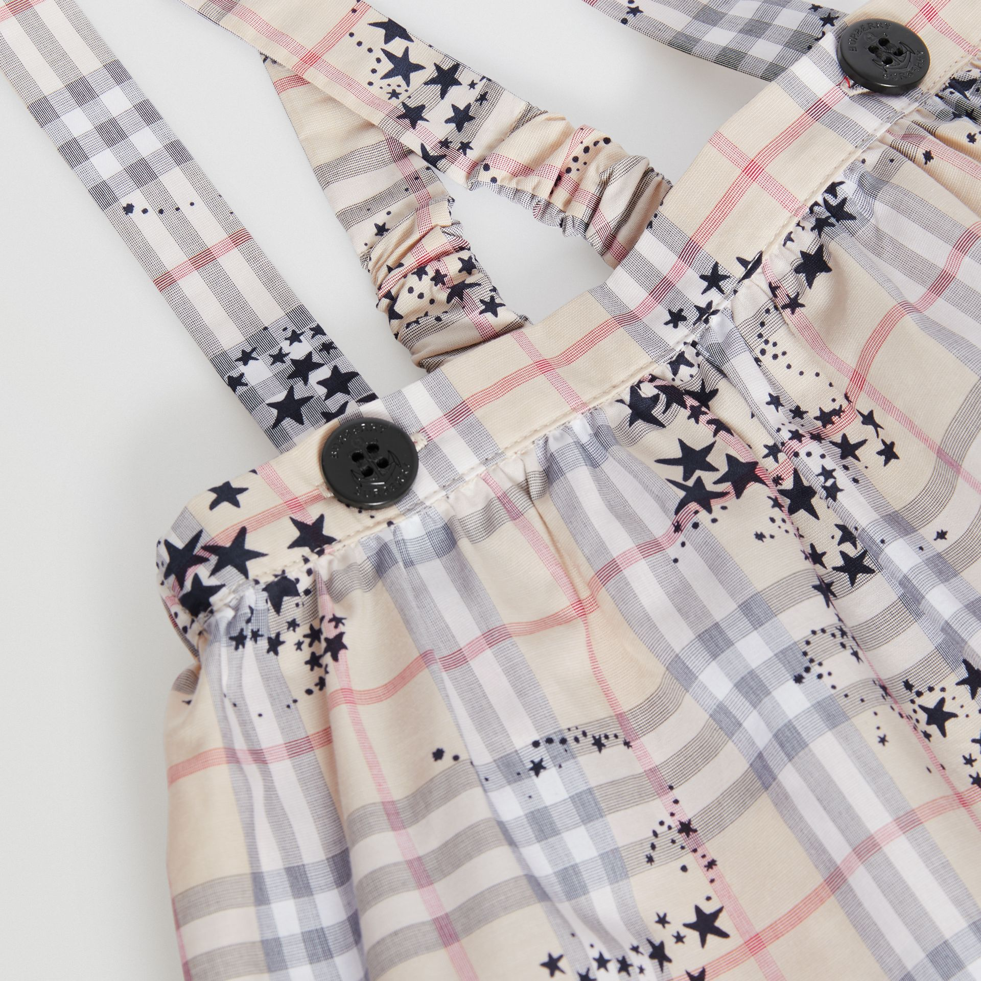 Star Print Check Cotton Two-piece Baby Gift Set in Bright Navy - Children | Burberry - gallery image 1