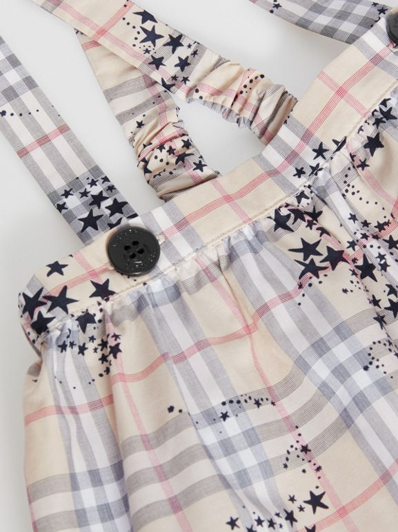 Star Print Check Cotton Two-piece Baby Gift Set in Bright Navy - Children | Burberry Australia - cell image 1