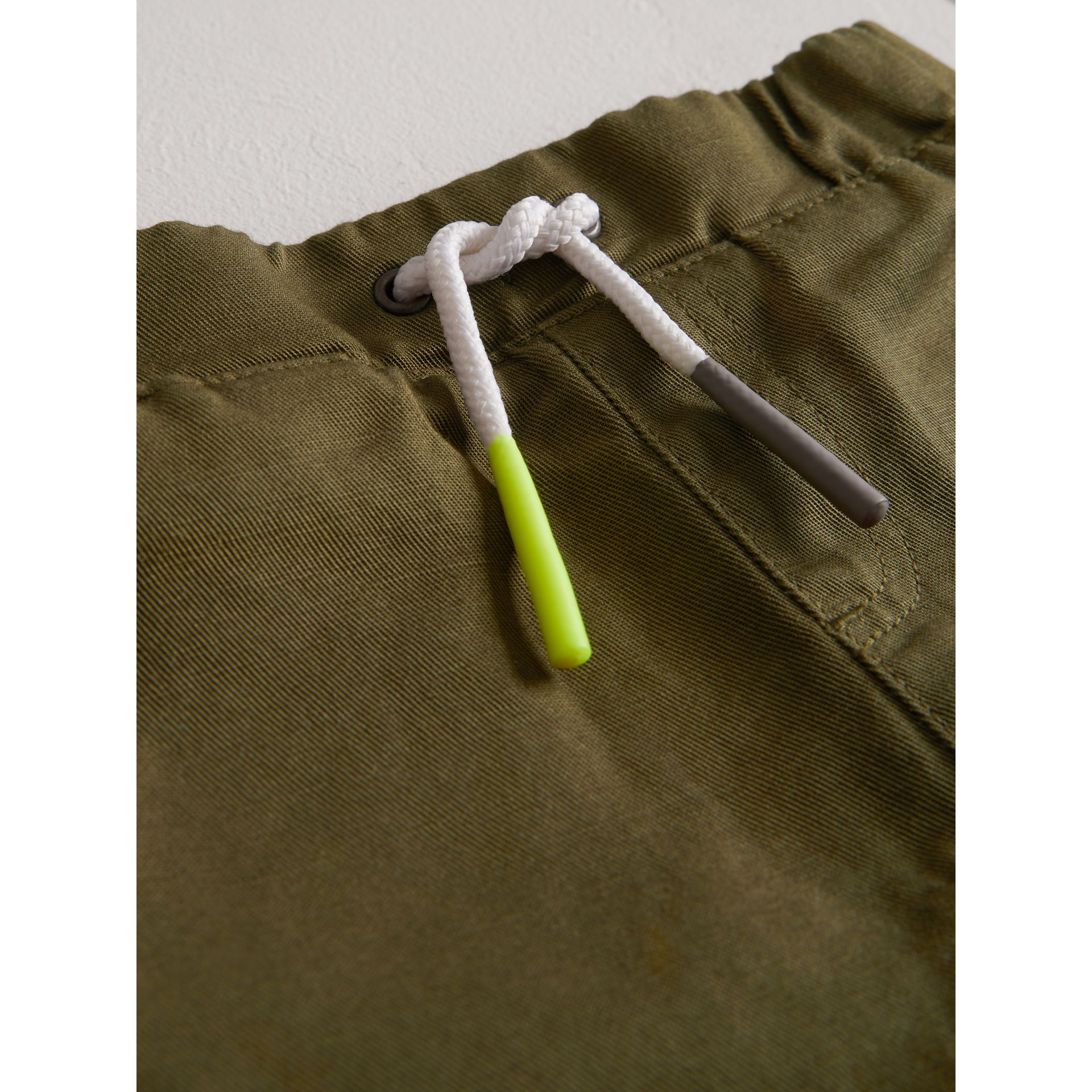 Drawcord Cotton Linen Twill Shorts in Olive | Burberry - gallery image 1