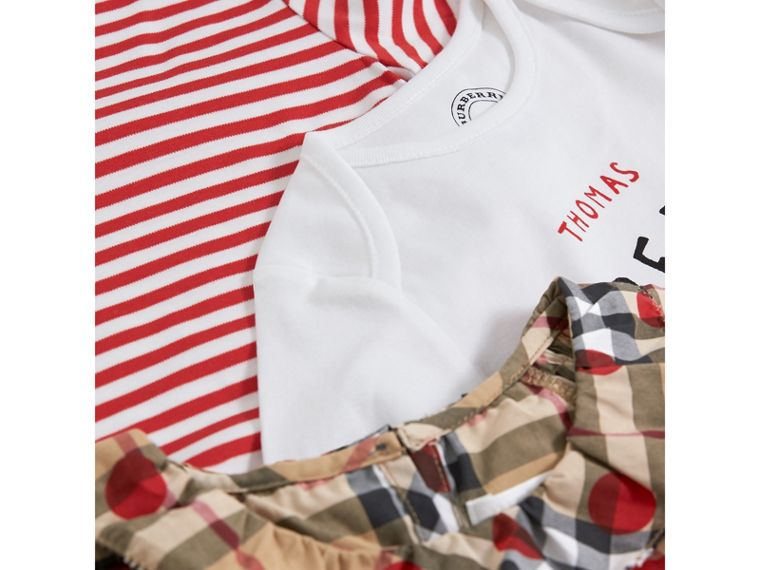 Cotton Three-piece Baby Gift Set in Military Red | Burberry United States - cell image 1