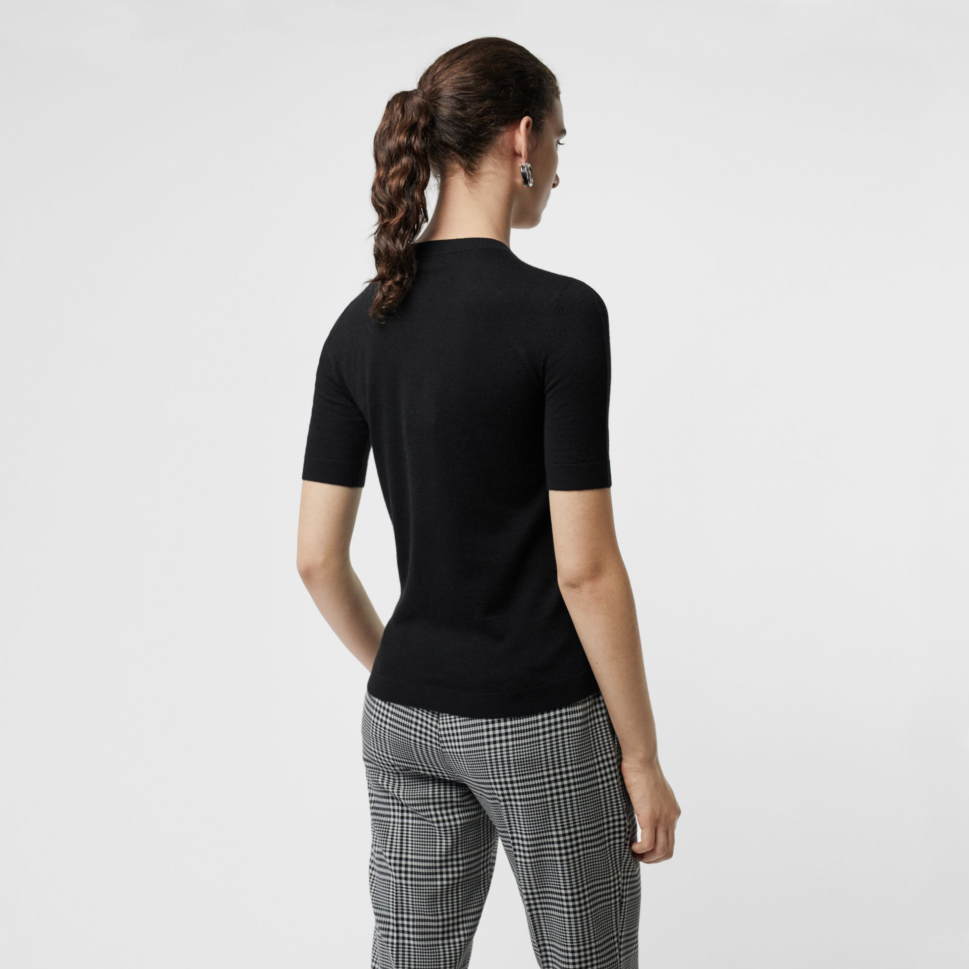 Short-sleeve Rib Knit Cashmere Sweater in Black - Women | Burberry - gallery image 2