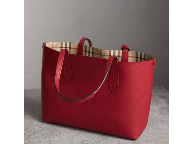 The Small Reversible Tote in Haymarket Check and Leather in Poppy Red - Women | Burberry - cell image 4