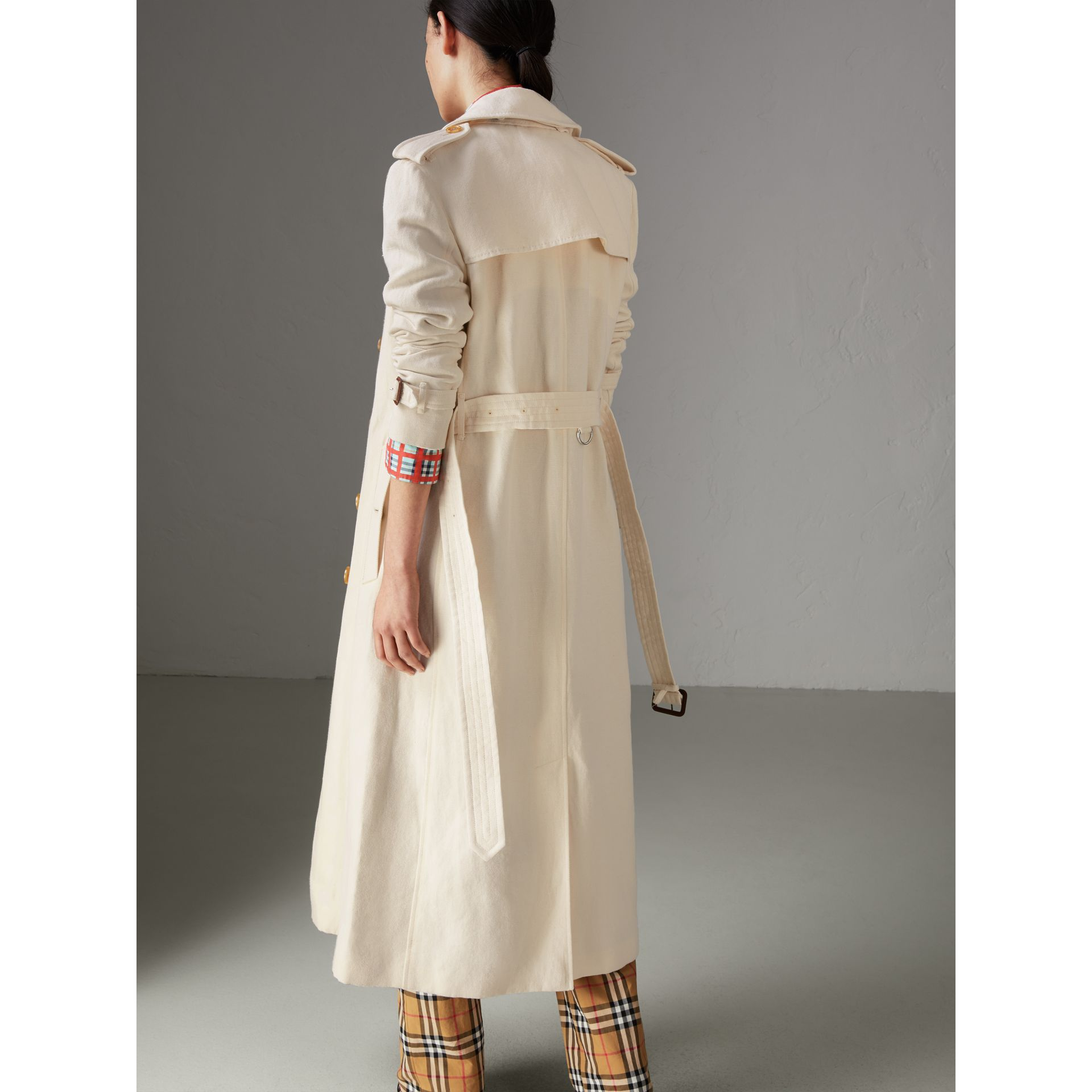 Cotton Linen Canvas Trench Coat in Off White - Women | Burberry - gallery image 2