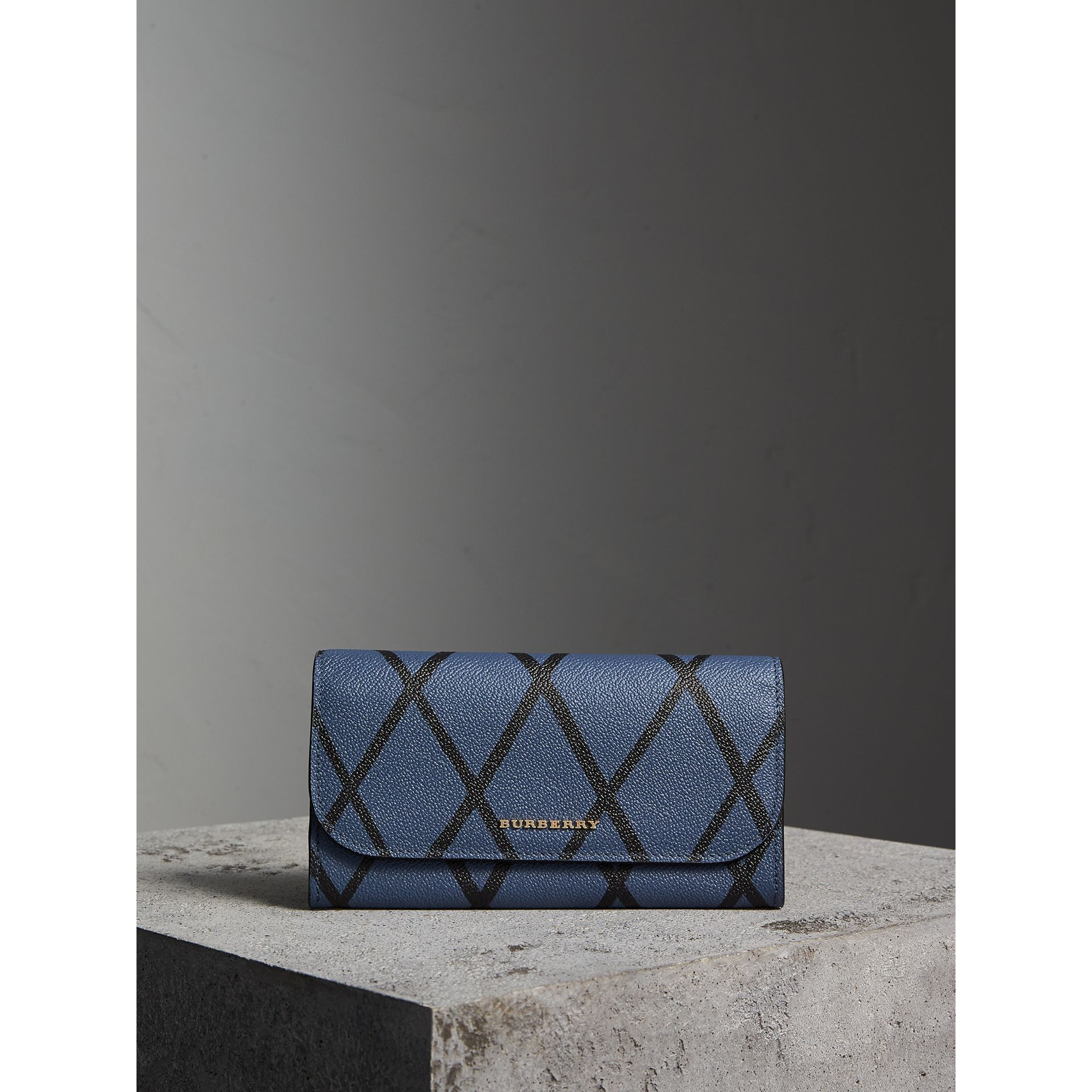 Trompe L'oeil Print Leather Continental Wallet in Steel Blue - Women | Burberry - gallery image 6