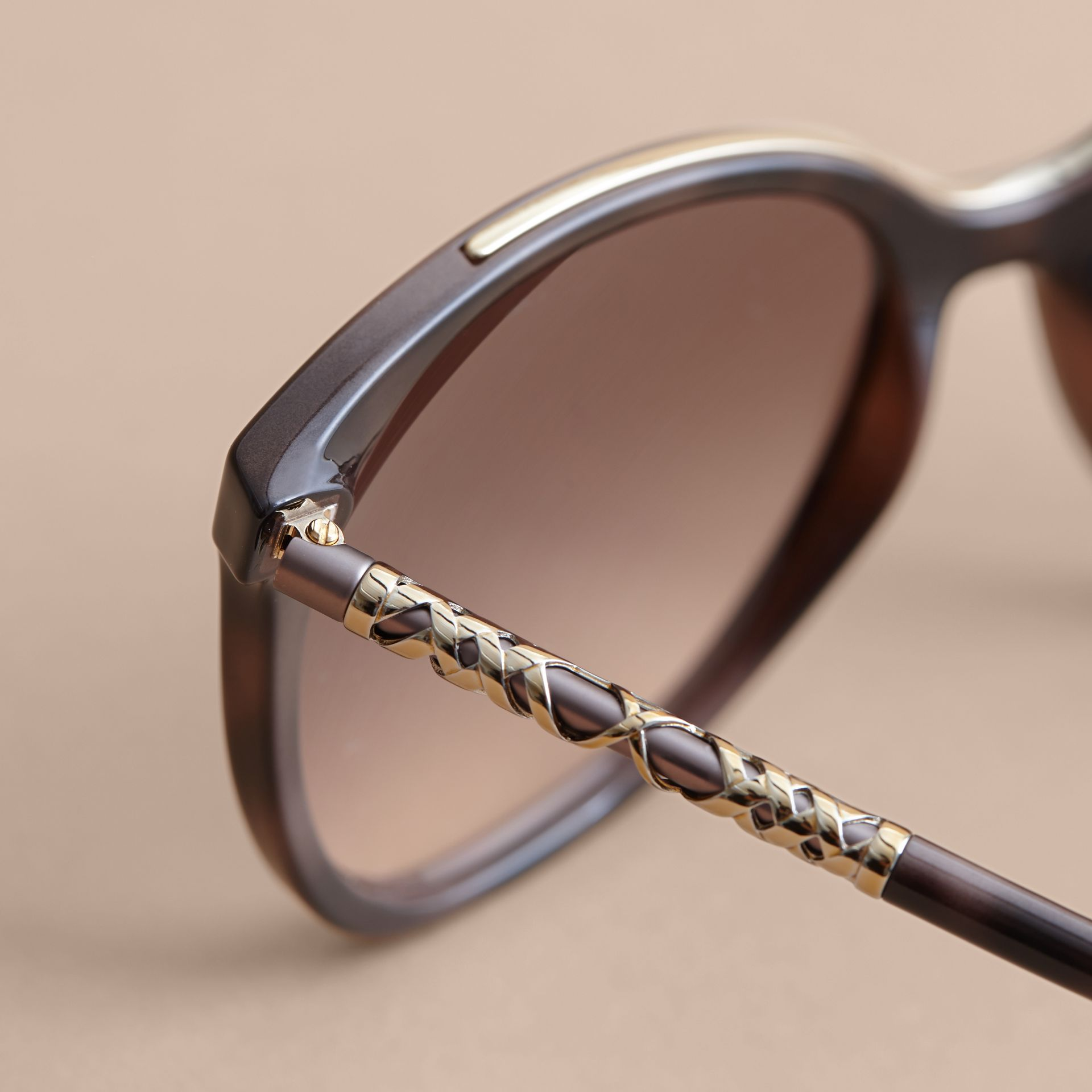 Check Detail Square Frame Sunglasses in Tortoiseshell - Women | Burberry Singapore - gallery image 2