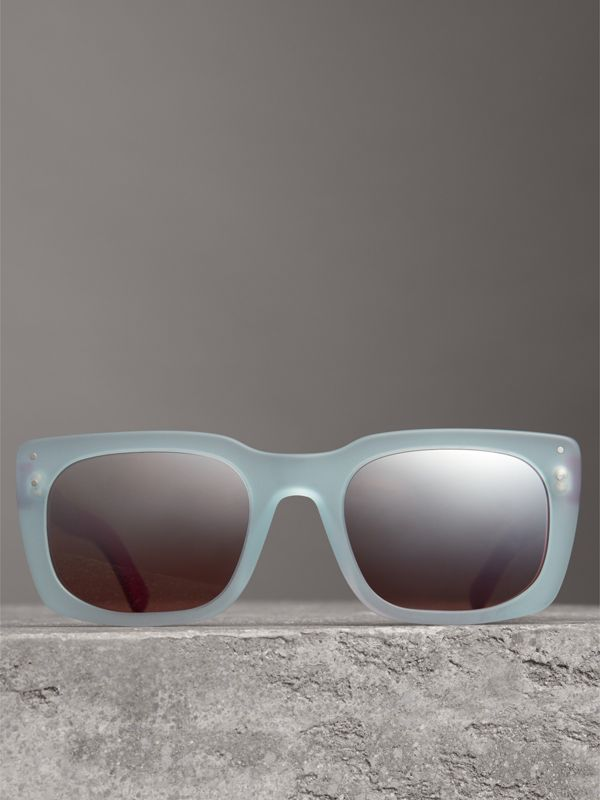 Square Frame Sunglasses in Blue - Women | Burberry Hong Kong - cell image 3
