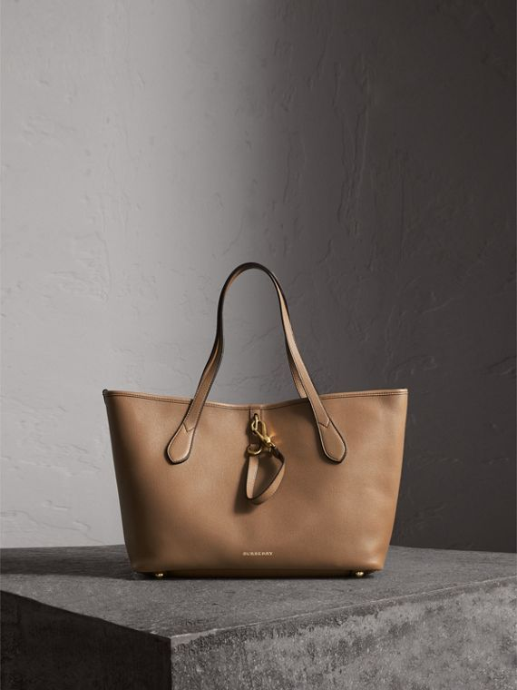 Medium Grainy Leather Tote Bag in Dark Sand - Women | Burberry