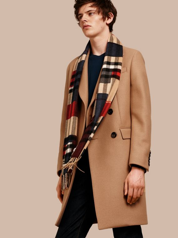 The Classic Cashmere Scarf in Colour Block Check - cell image 3