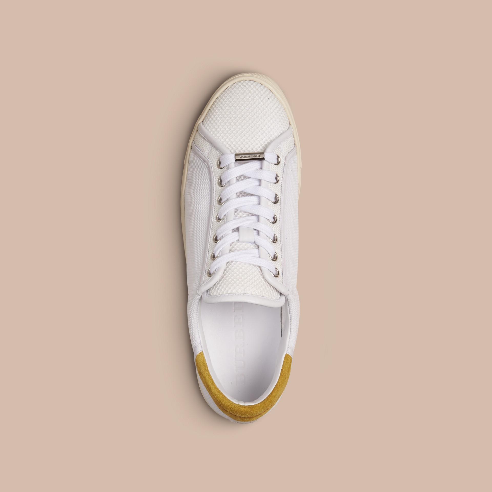 Белый / горчичный желтый Кроссовки с отделкой из кожи Белый / Горчичный Желтый - изображение 2