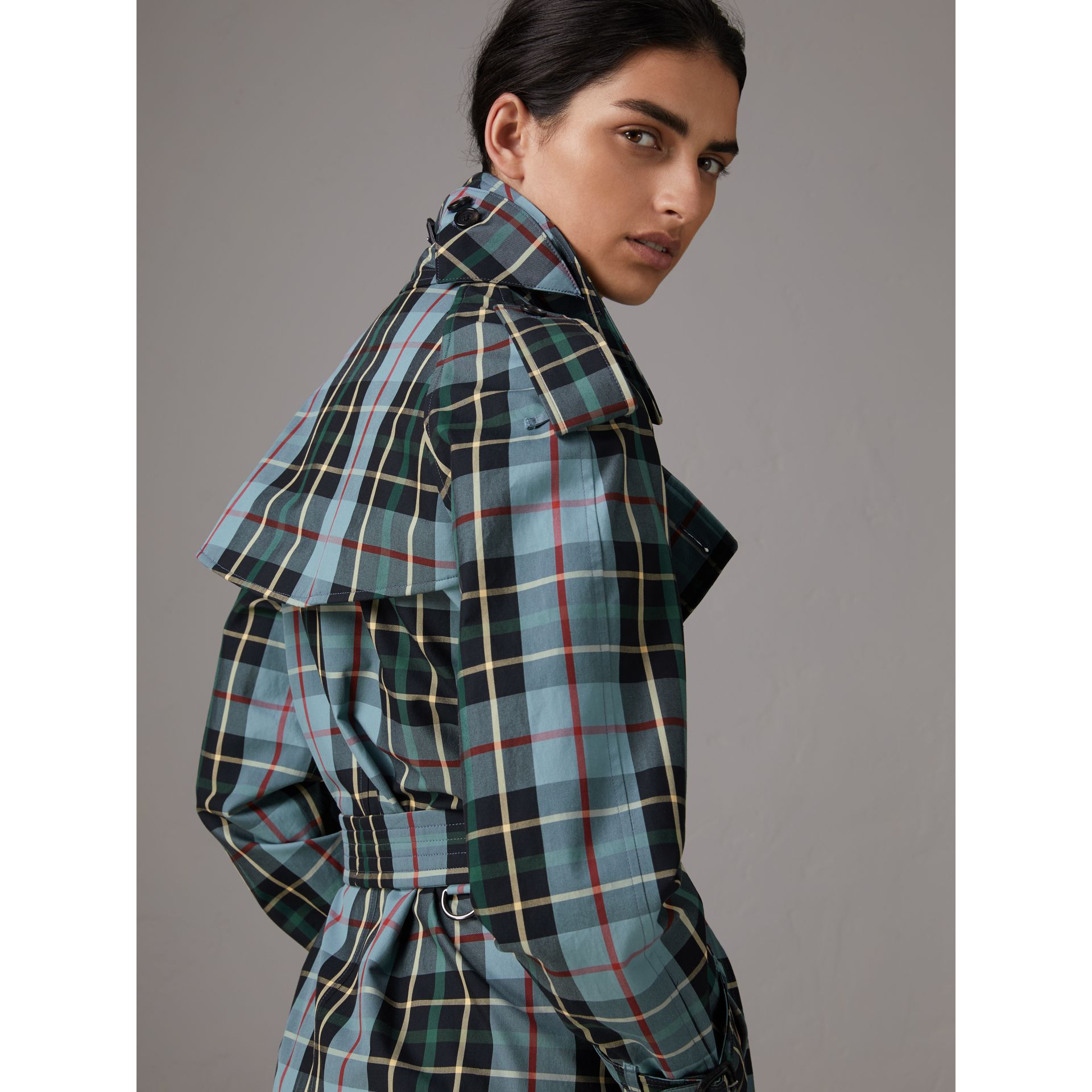 Tartan Cotton Gabardine Trench Coat in Cyan Blue - Women | Burberry - gallery image 4