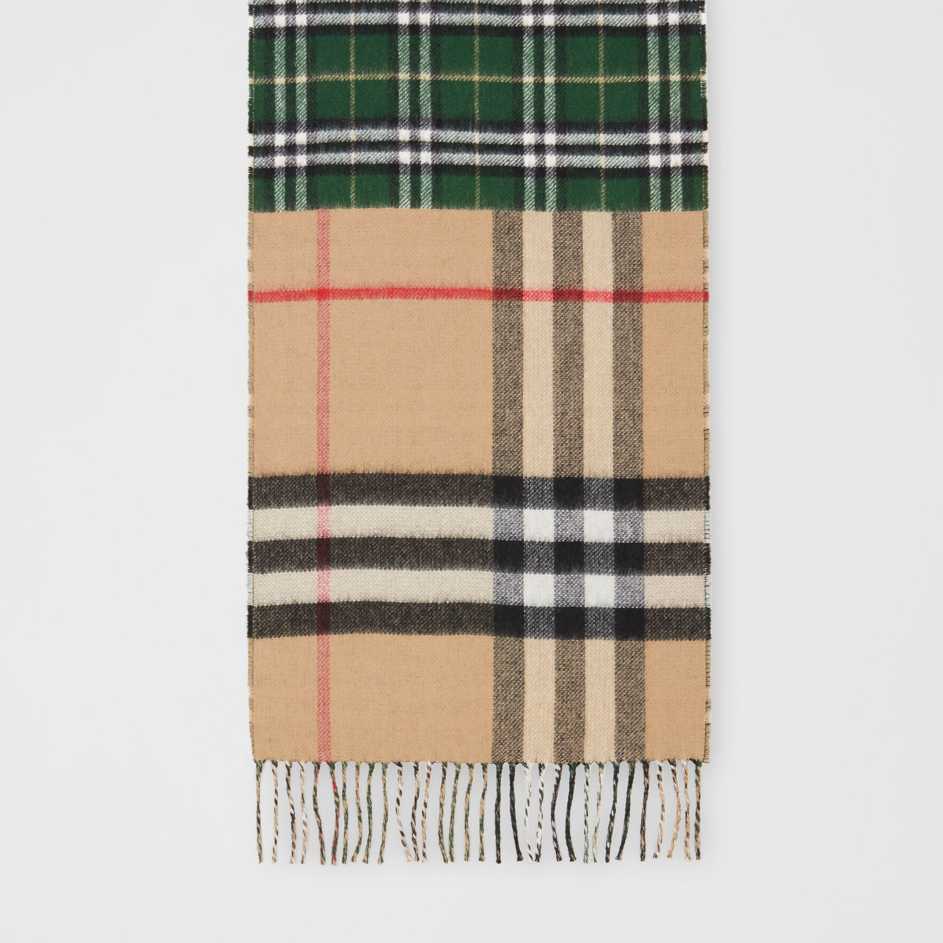 Contrast Check Cashmere Merino Wool Jacquard Scarf in Dark Pine Green | Burberry United Kingdom - gallery image 4