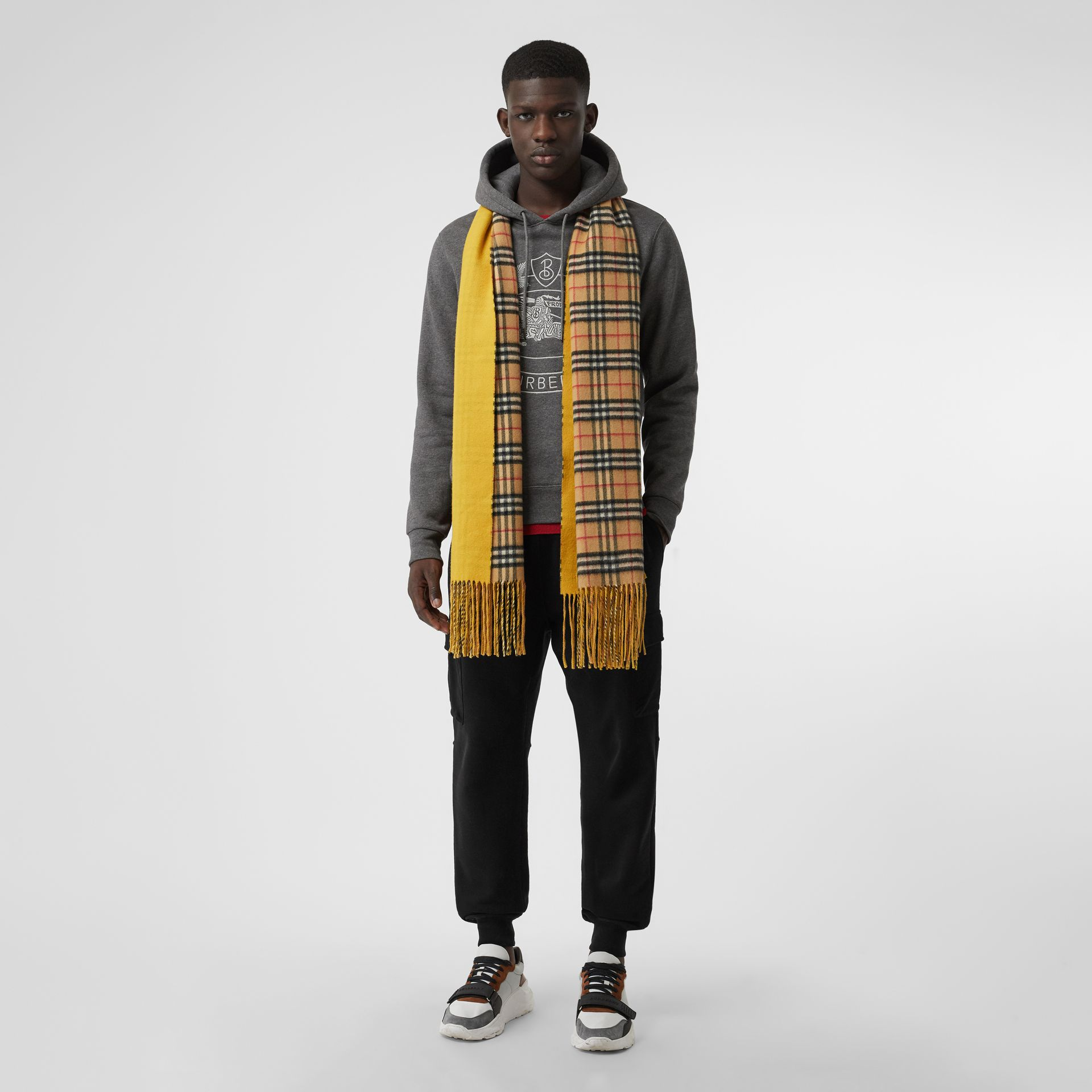 Colour Block Vintage Check Cashmere Scarf in Gorse Yellow | Burberry United Kingdom - gallery image 3