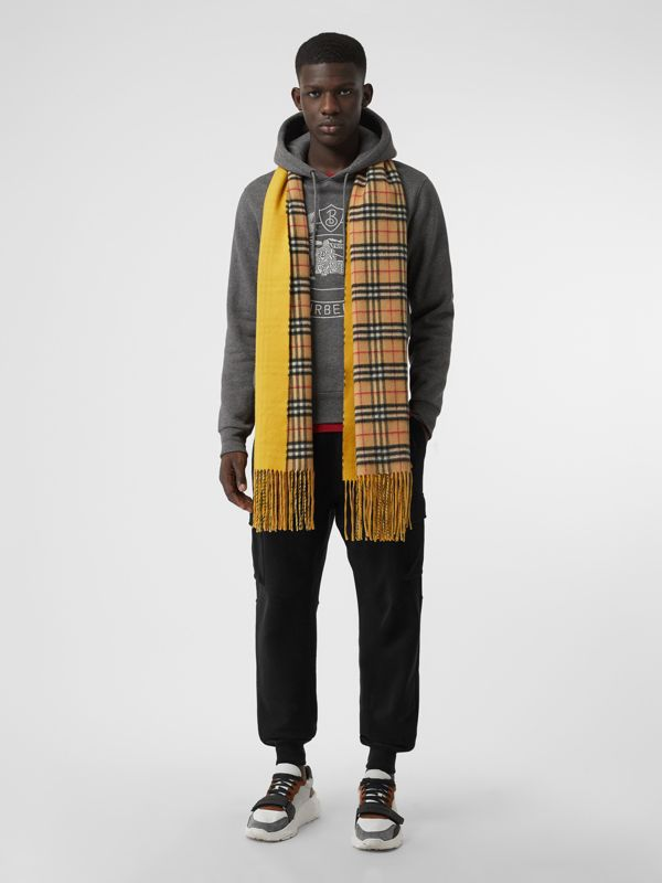 Colour Block Vintage Check Cashmere Scarf in Gorse Yellow | Burberry United Kingdom - cell image 3