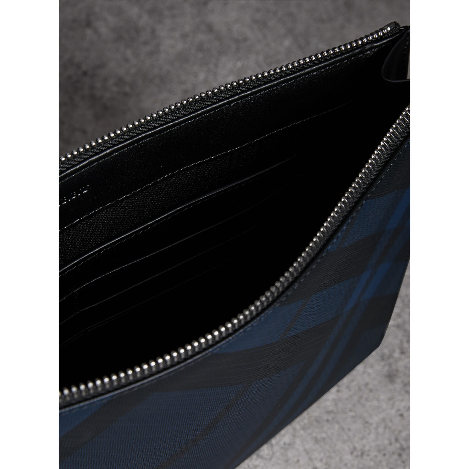 London Check Zip Pouch in Navy/black | Burberry United Kingdom - gallery image 5