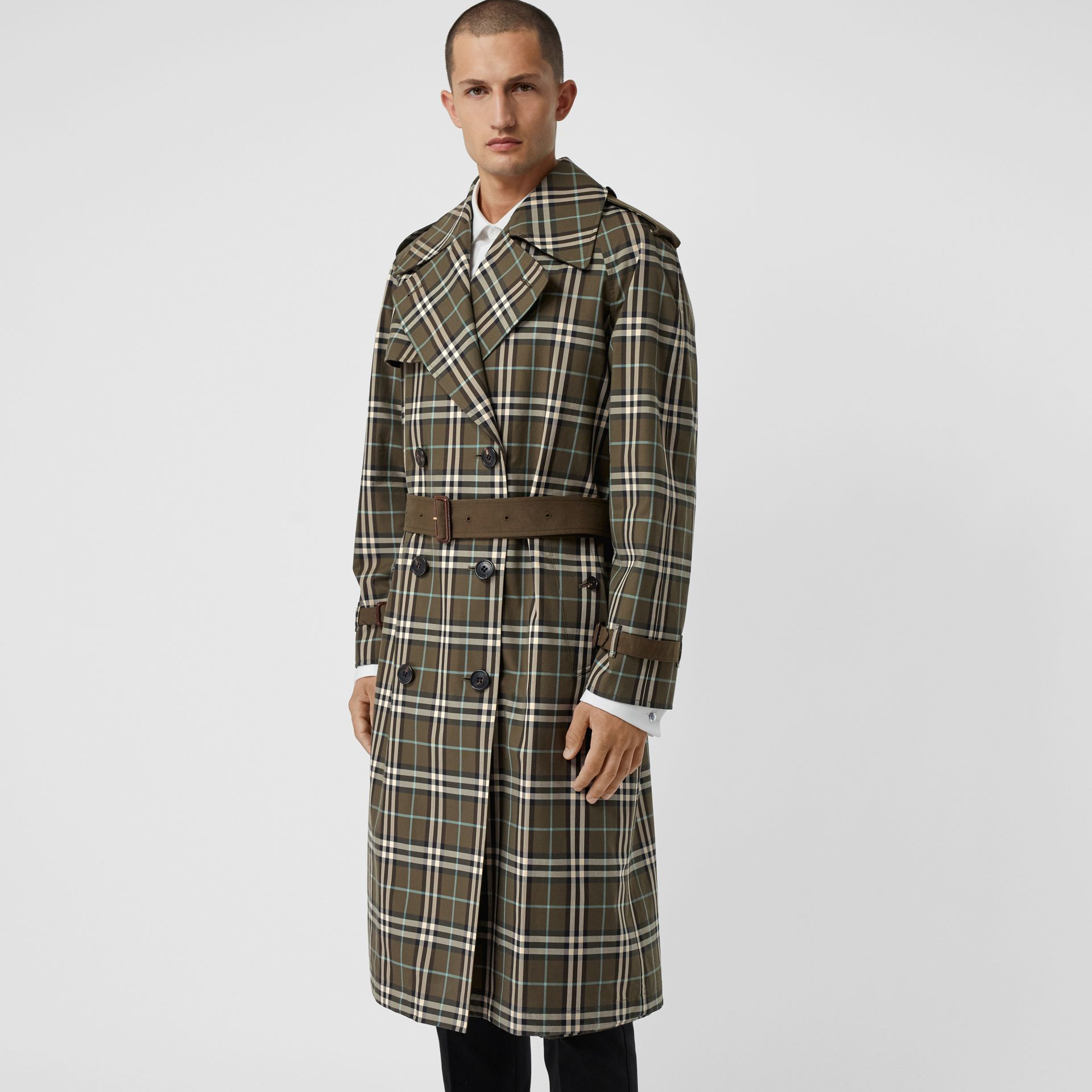 Reversible Tropical Gabardine and Check Trench Coat in Olive Green - Men | Burberry United Kingdom - gallery image 6
