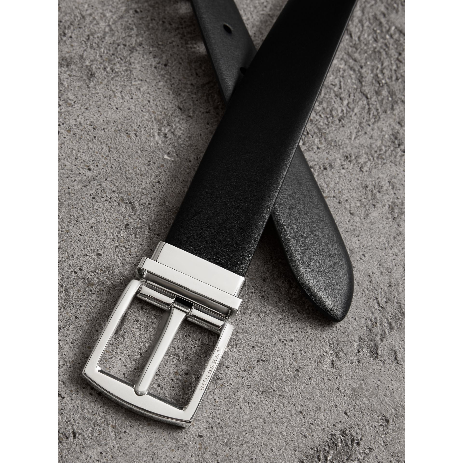 Reversible Leather Belt in Black - Men | Burberry United Kingdom - gallery image 1