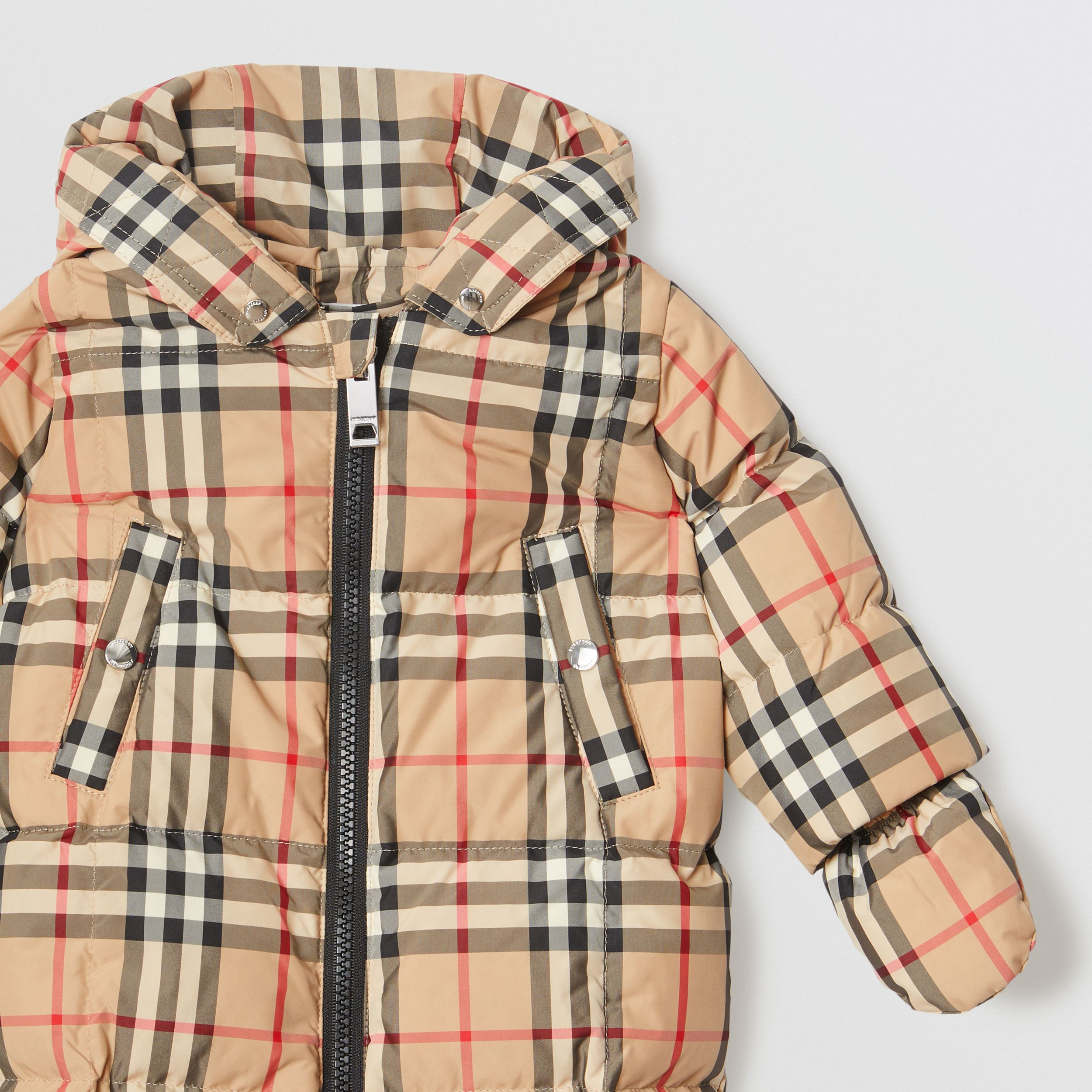 Vintage Check Down-filled Puffer Suit in Archive Beige - Children | Burberry - 4