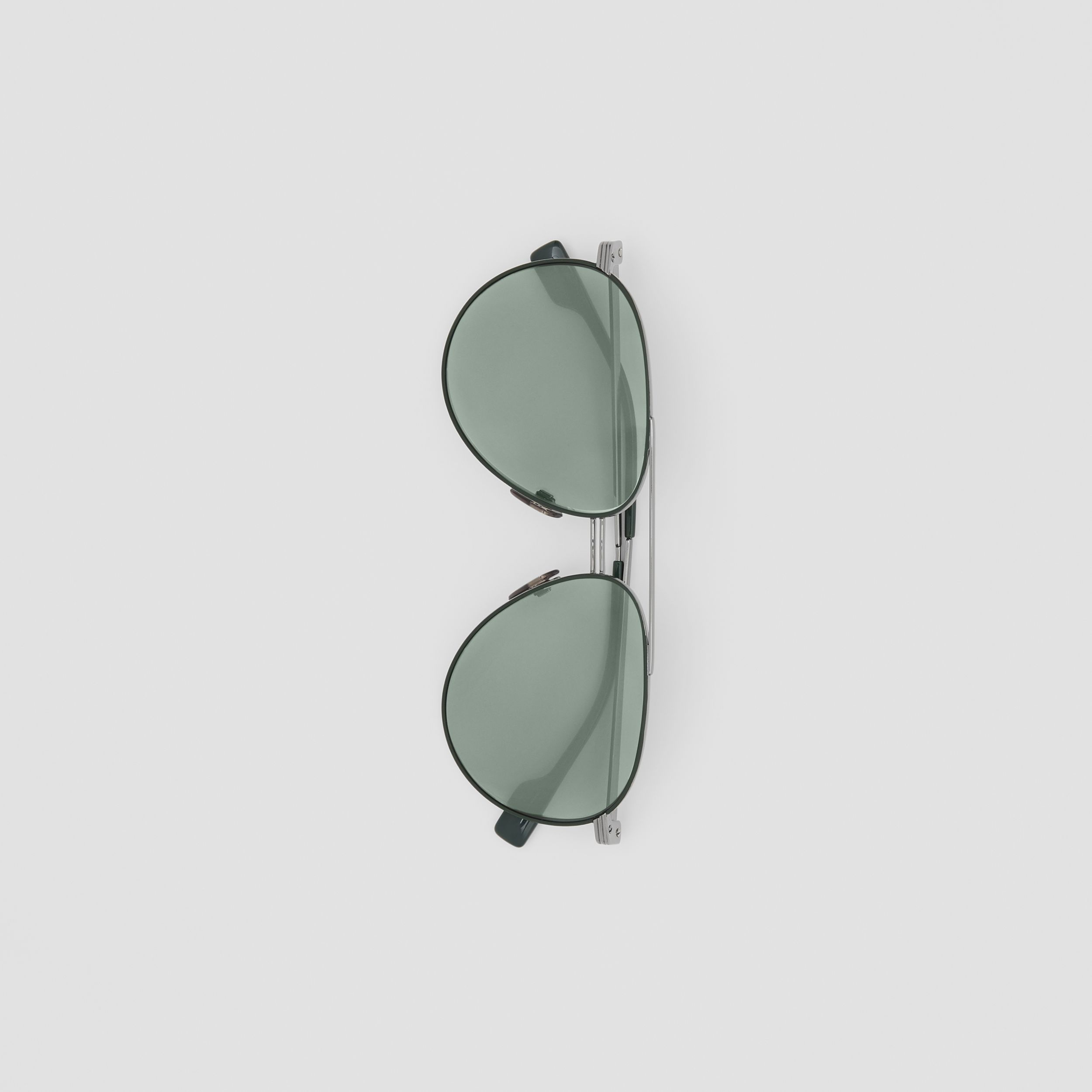 Top Bar Detail Pilot Sunglasses in Gunmetal/dark Green - Men | Burberry - 4