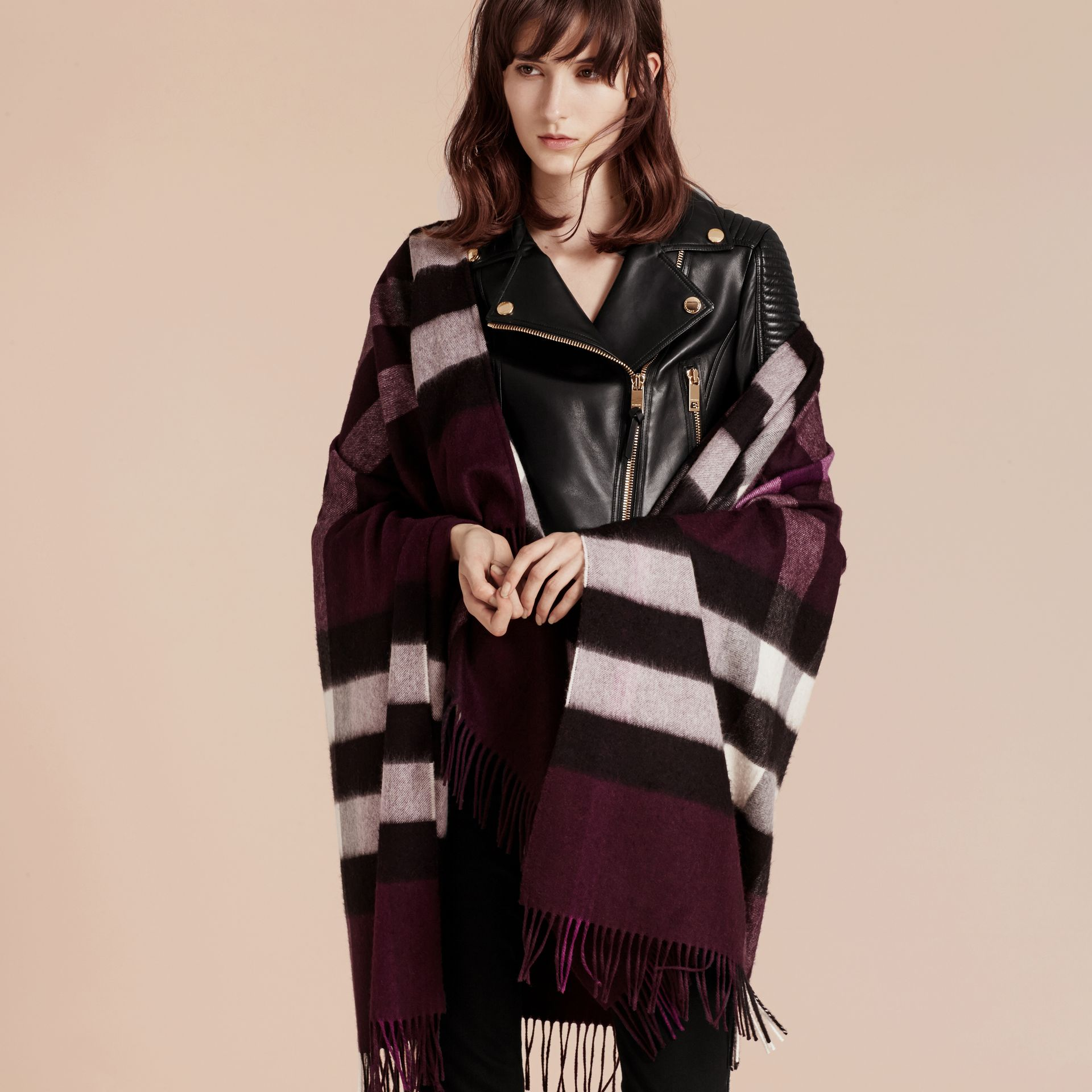 Check Cashmere and Wool Poncho Aubergine - gallery image 3
