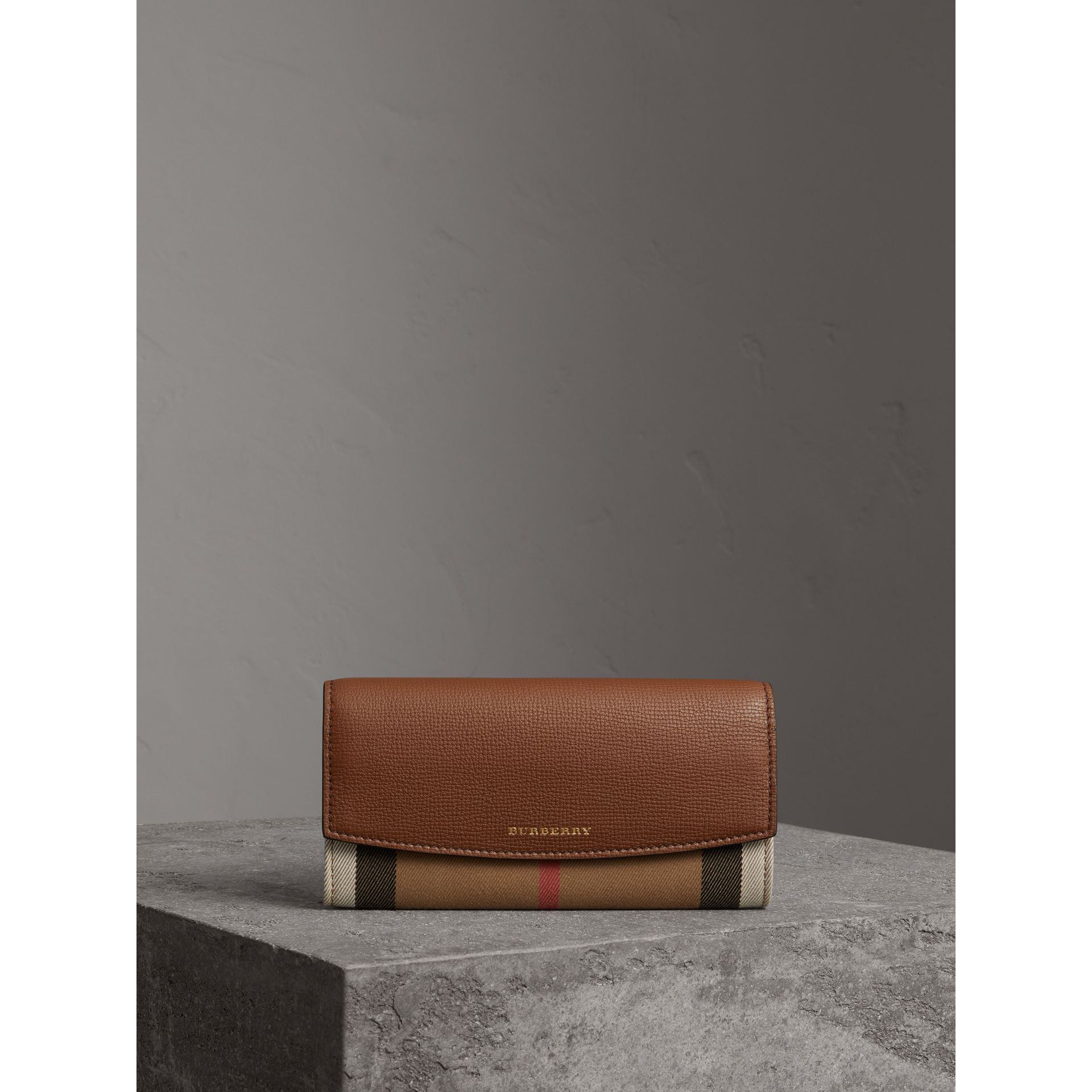 House Check And Leather Continental Wallet in Tan - Women | Burberry Canada - gallery image 5