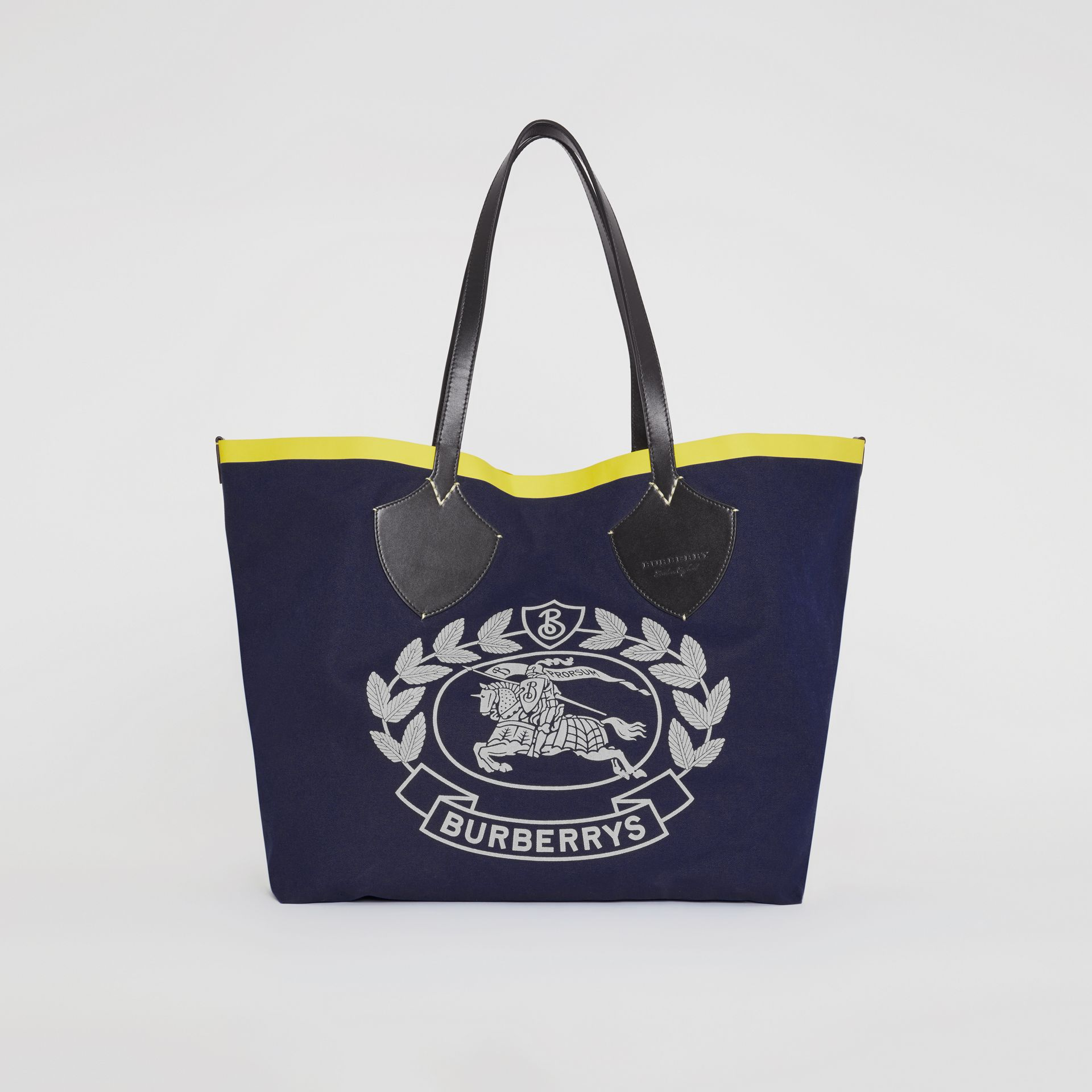 The Giant Tote in Archive Crest Cotton in Navy | Burberry - gallery image 0