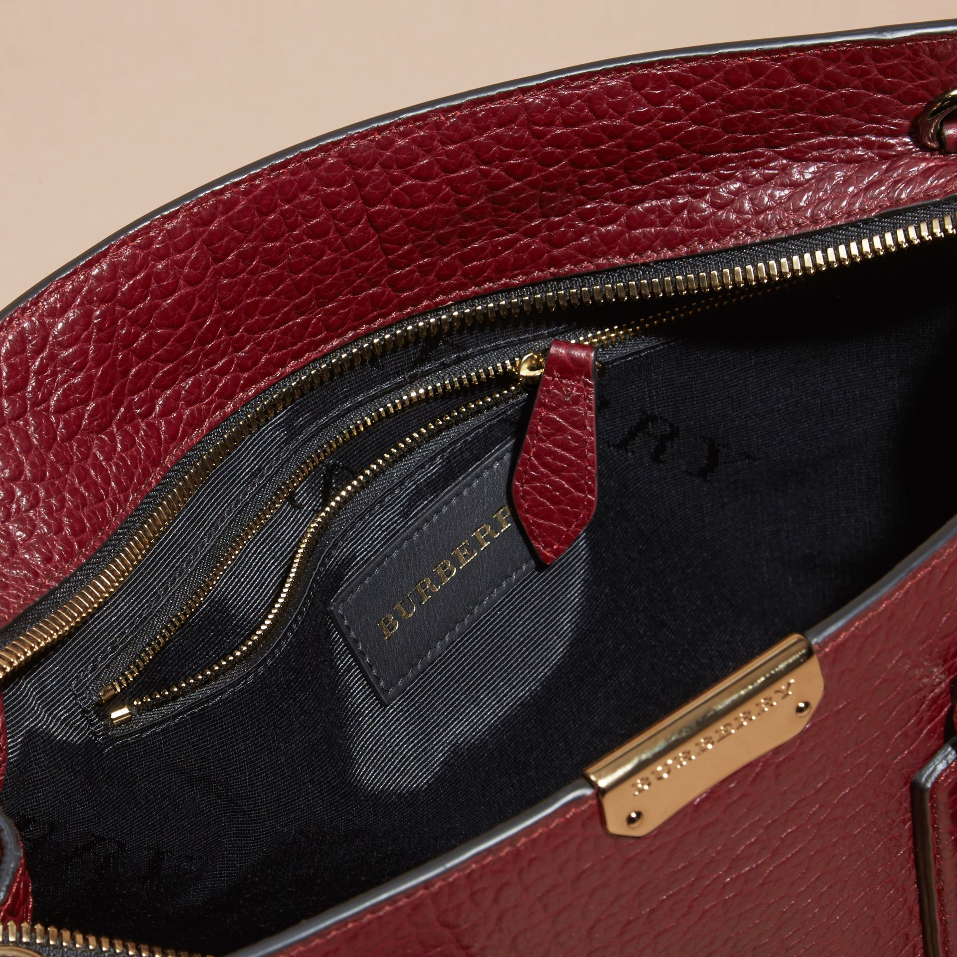 Deep red The Medium Clifton in Signature Grain Leather - gallery image 6