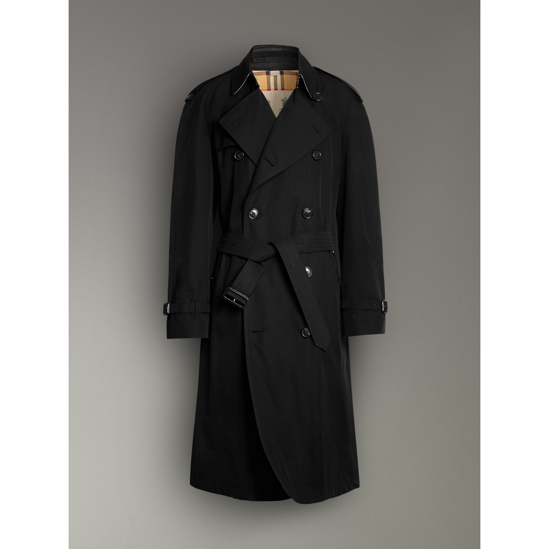 The Westminster Heritage Trench Coat in Black - Men | Burberry - gallery image 3