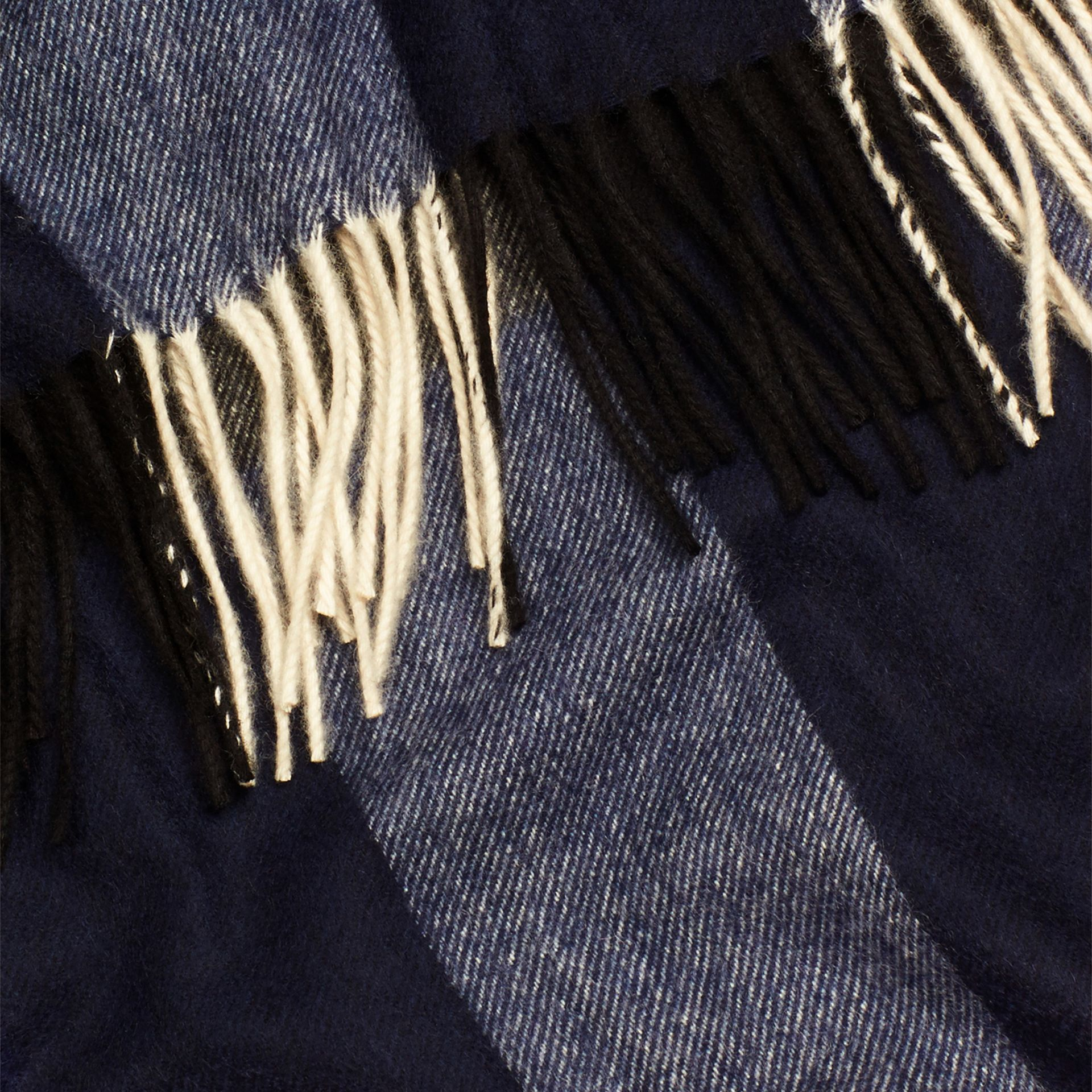 Check Cashmere Blanket in Indigo Blue | Burberry - gallery image 2