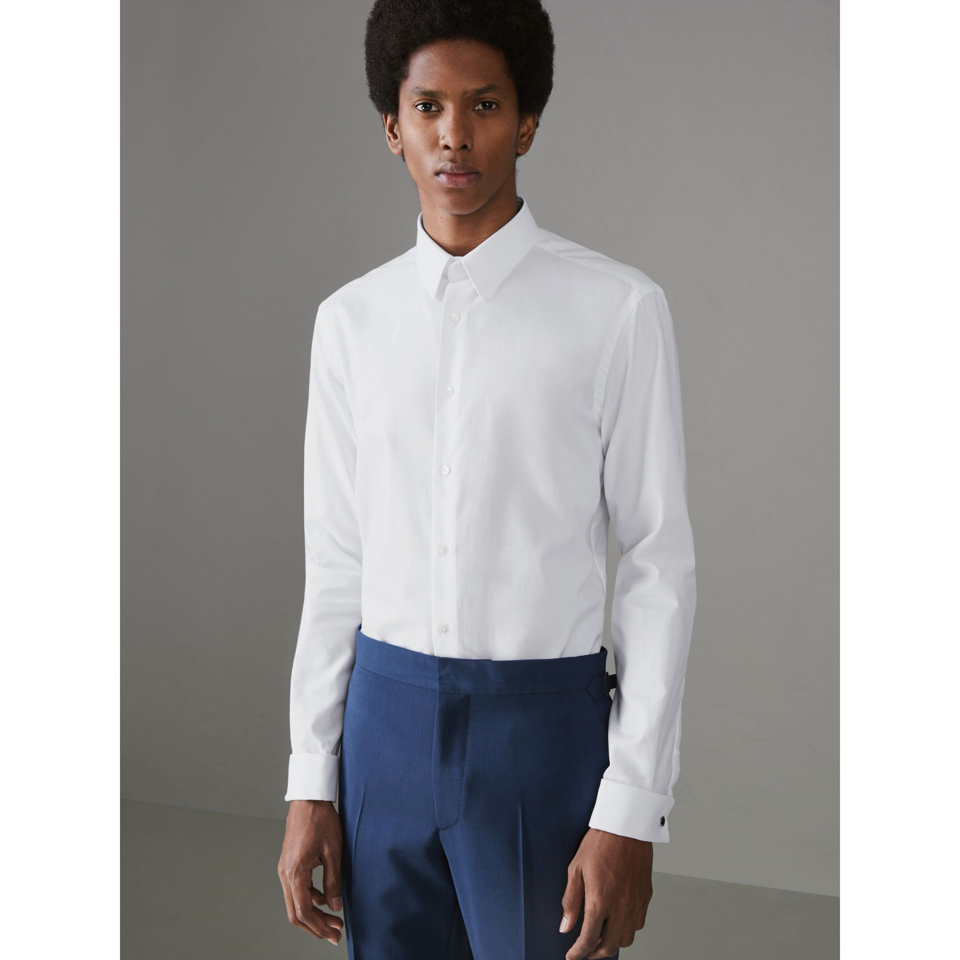 Modern Fit Double Cuff Cotton Shirt in White - Men | Burberry - gallery image 4