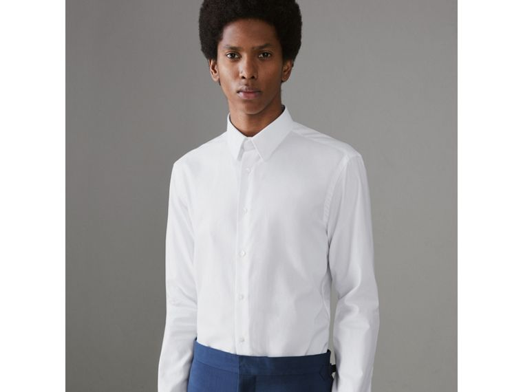 Modern Fit Double Cuff Cotton Shirt in White - Men | Burberry Singapore - cell image 4
