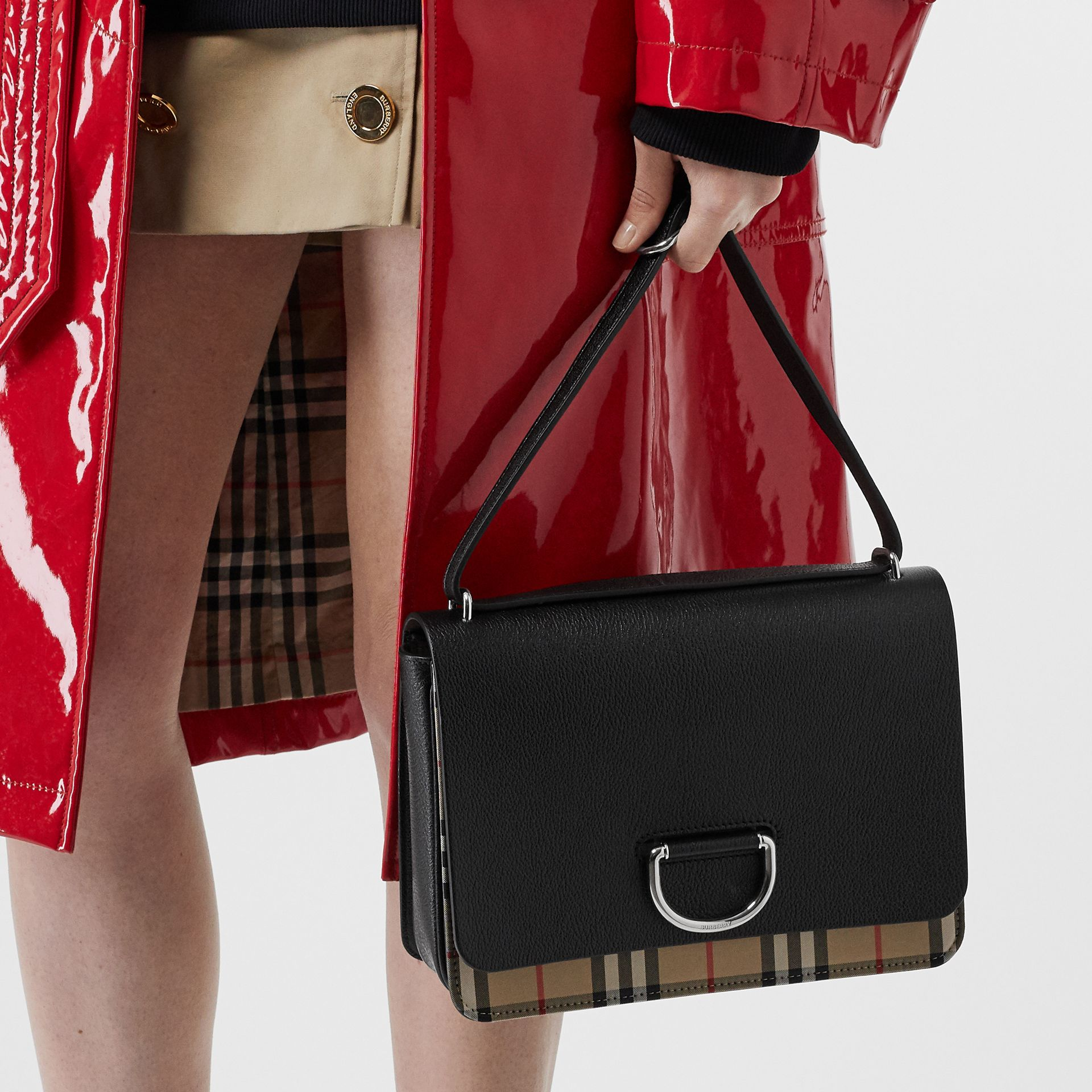 The Medium Vintage Check and Leather D-ring Bag in Black - Women | Burberry United States - gallery image 2
